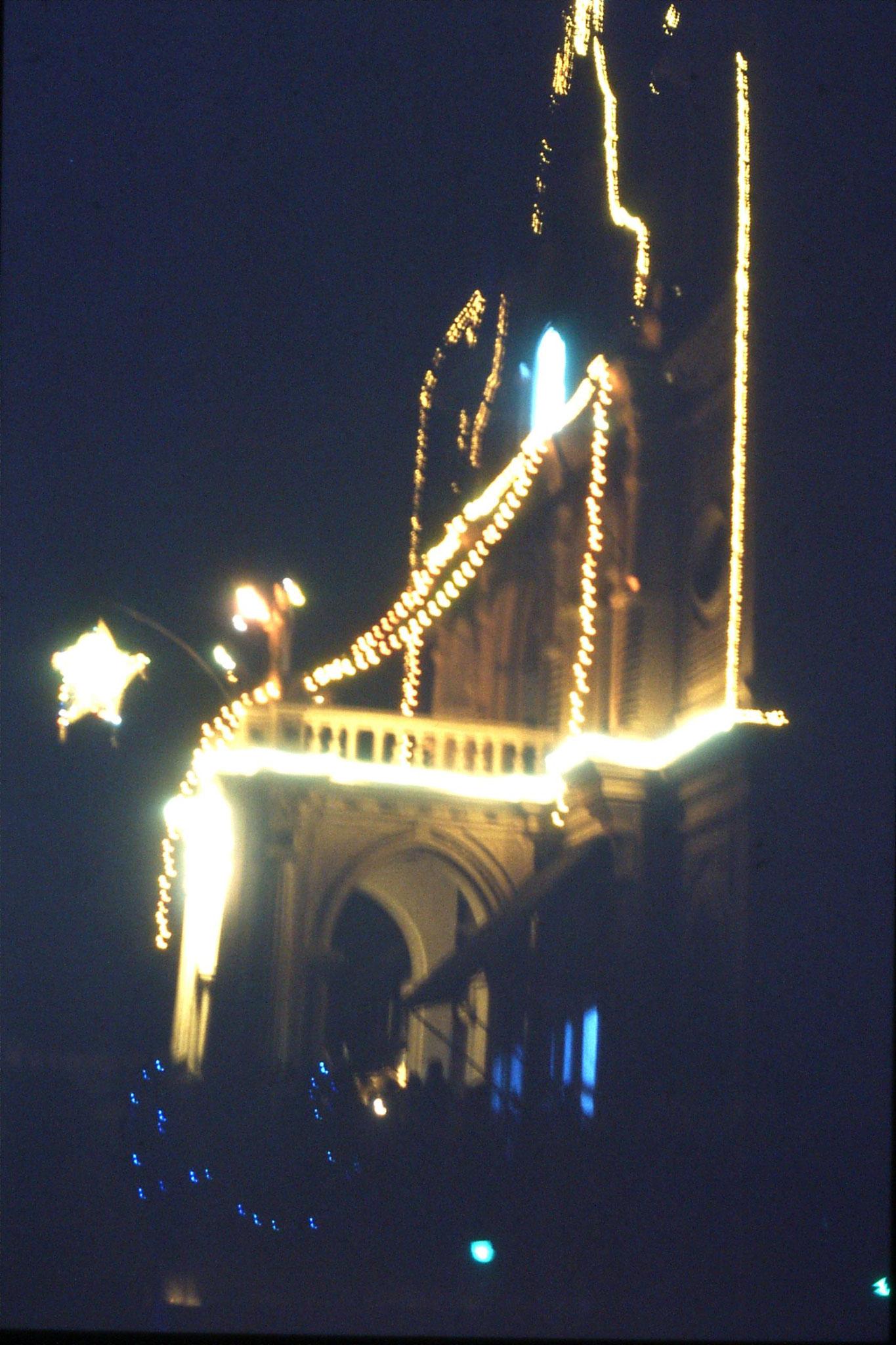 28/12/1989: 23: Goa Siolim decorations on church