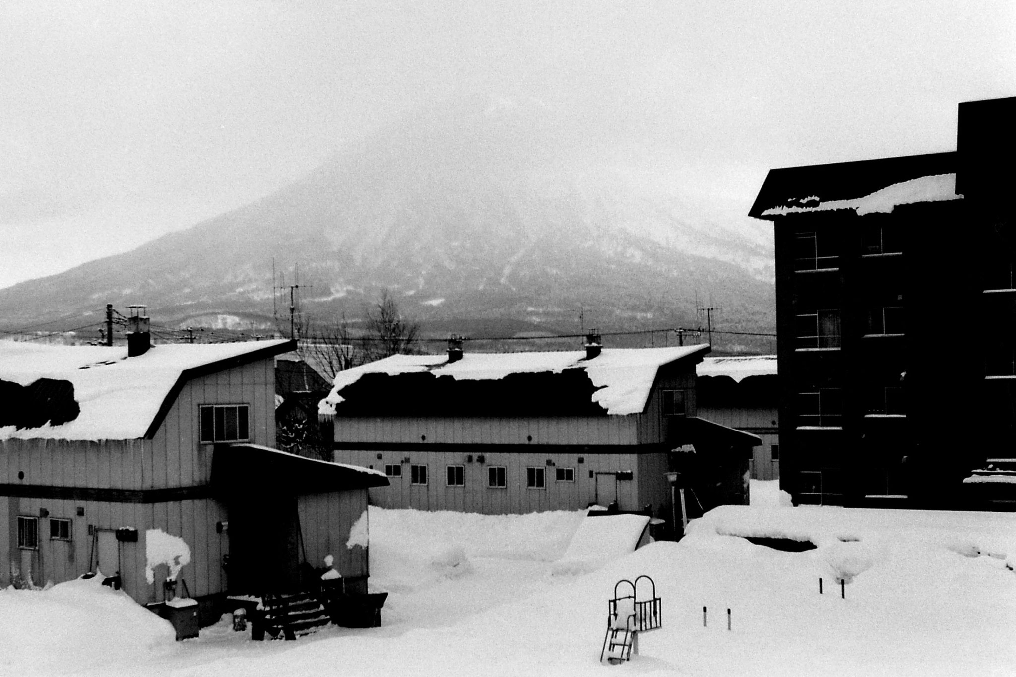 15/1/1989: 32: Mt Yotei from Kutchan station