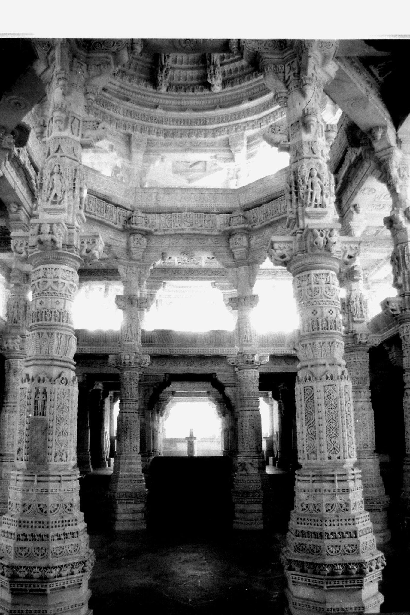6/12/1989: 9: Ranakpur Jain temple
