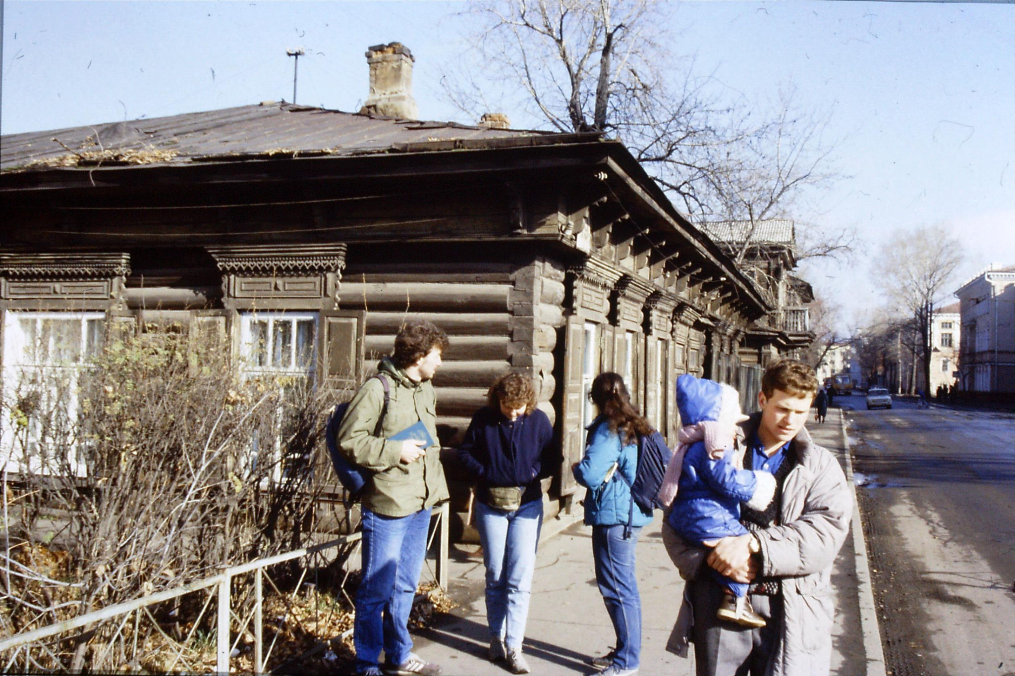24/10/1988: 1: Irkutsk, wooden house