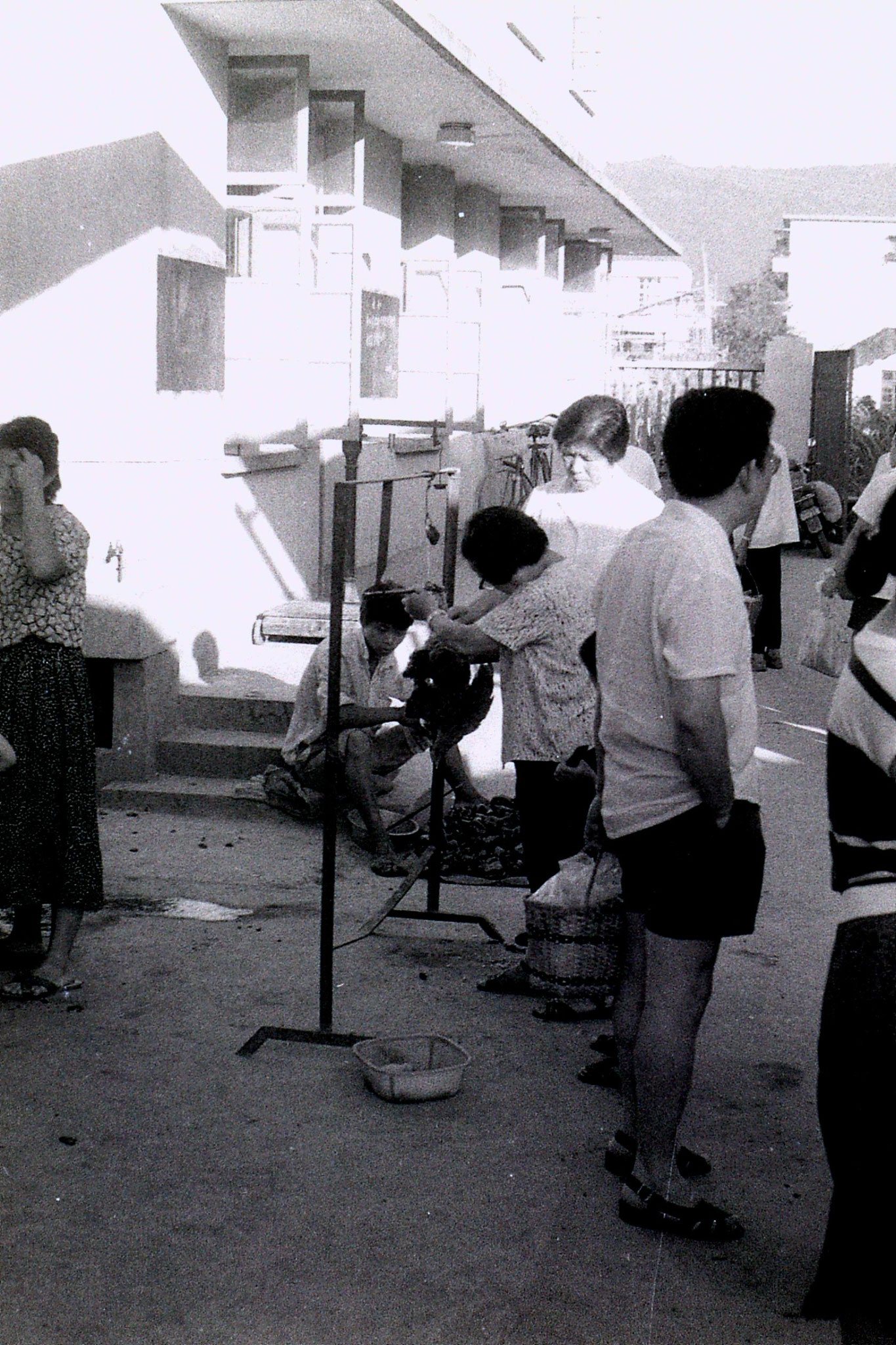 19/7/1989: 22: Zheda Free market