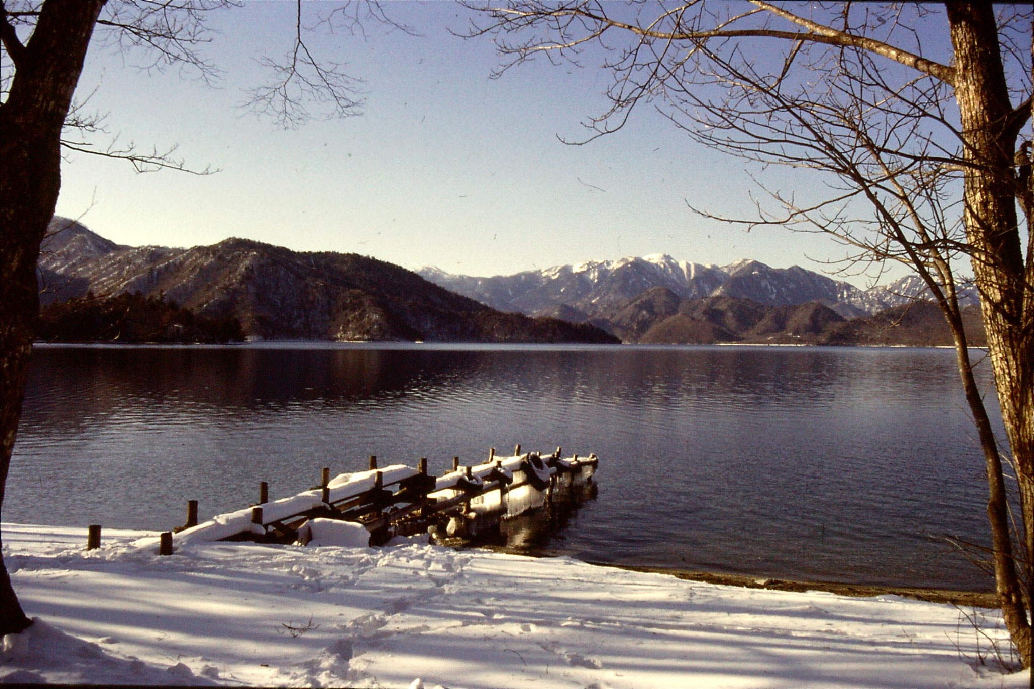 30/1/1989: 11: Lake Chusenji
