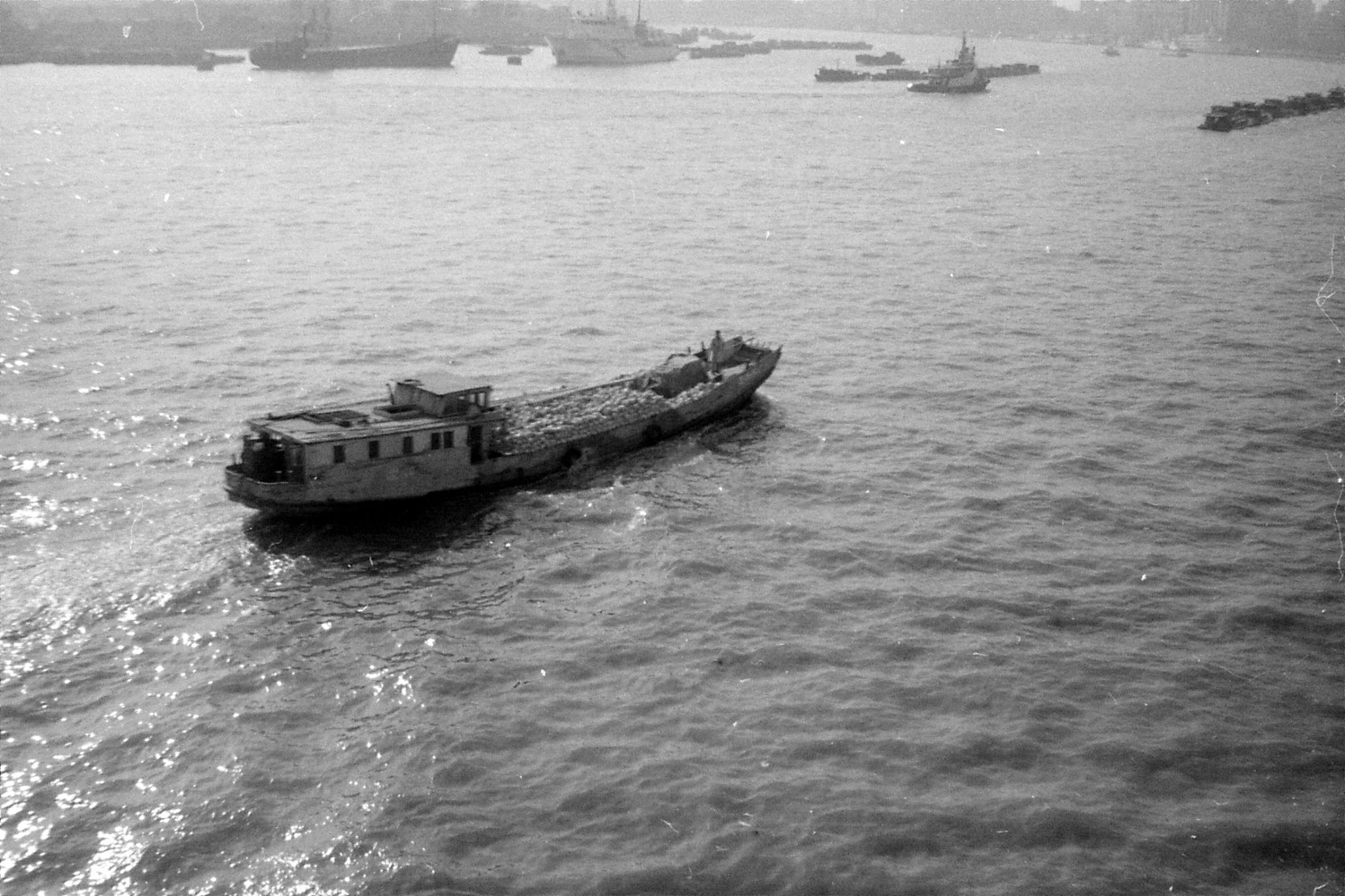 17/12/1988: 29: Shanghai from ship to Japan