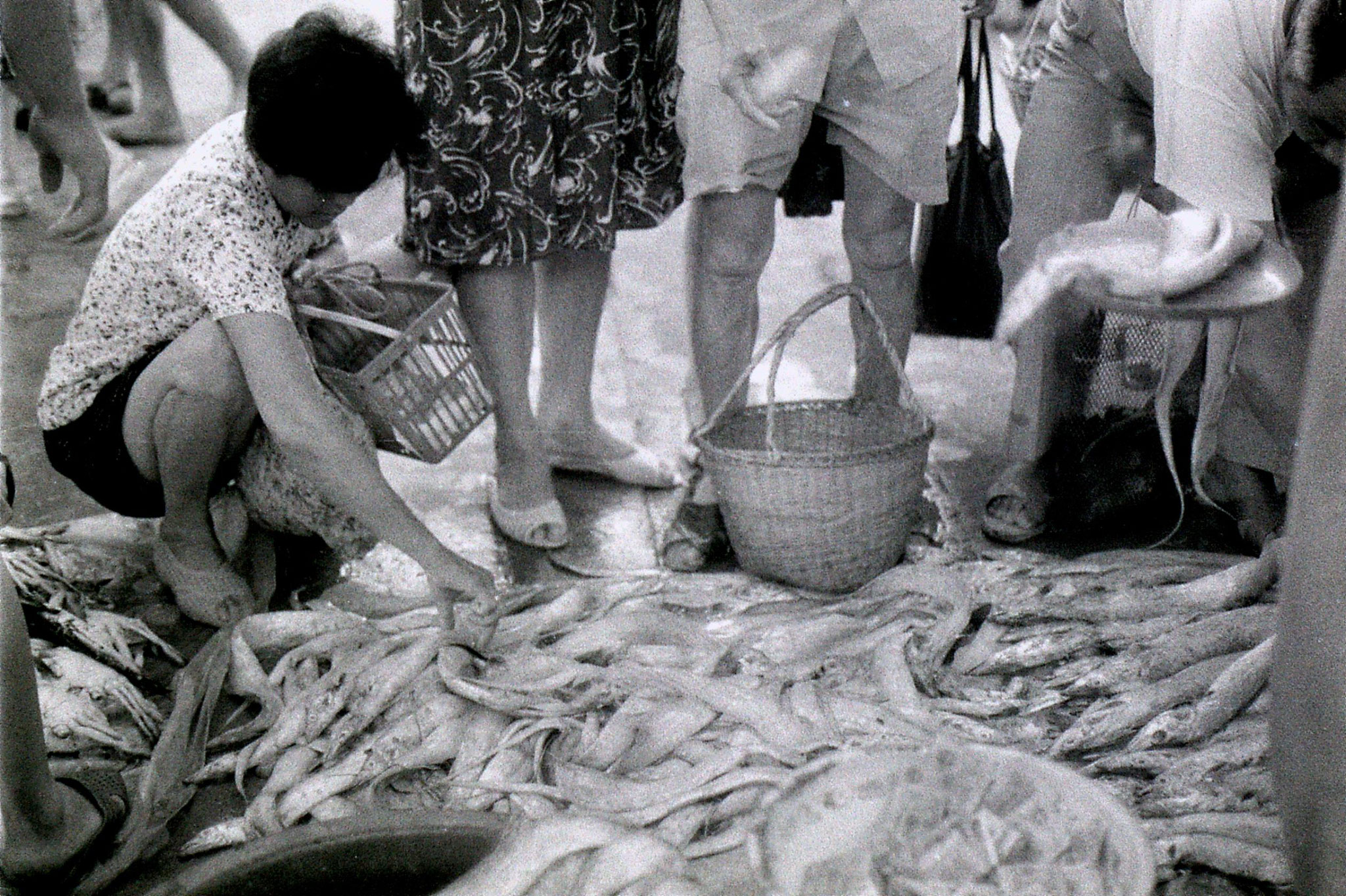 19/7/1989: 27: Zheda Free market