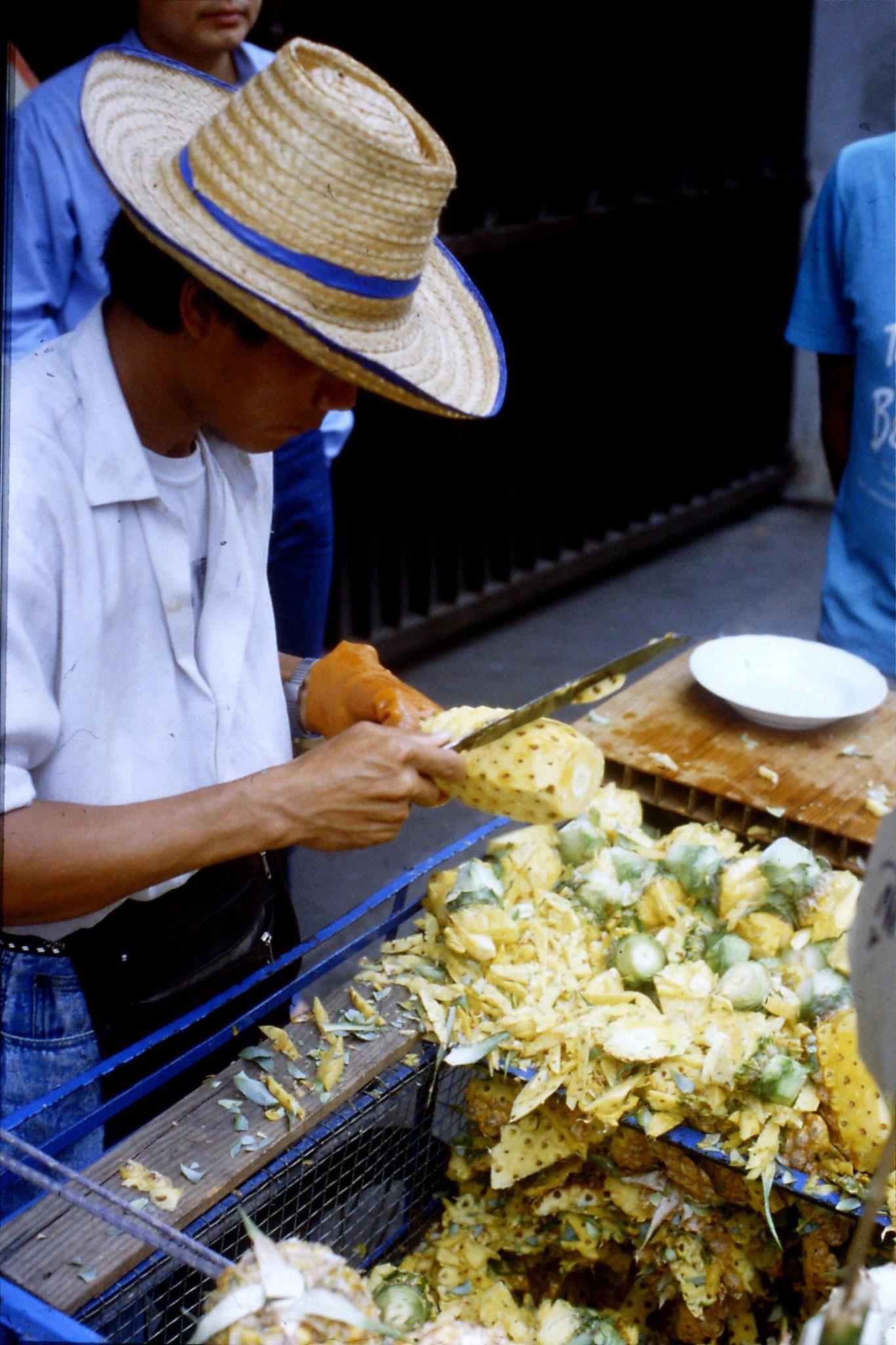 19/5/1990: 1: Bangkok pineapple vendor