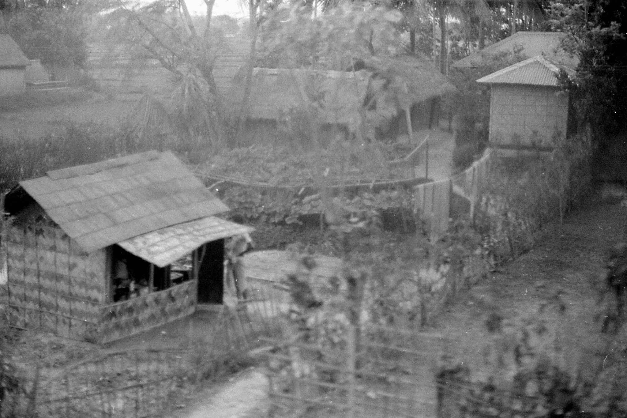 11/4/1990: 34: on train to Silchar - Jagirand