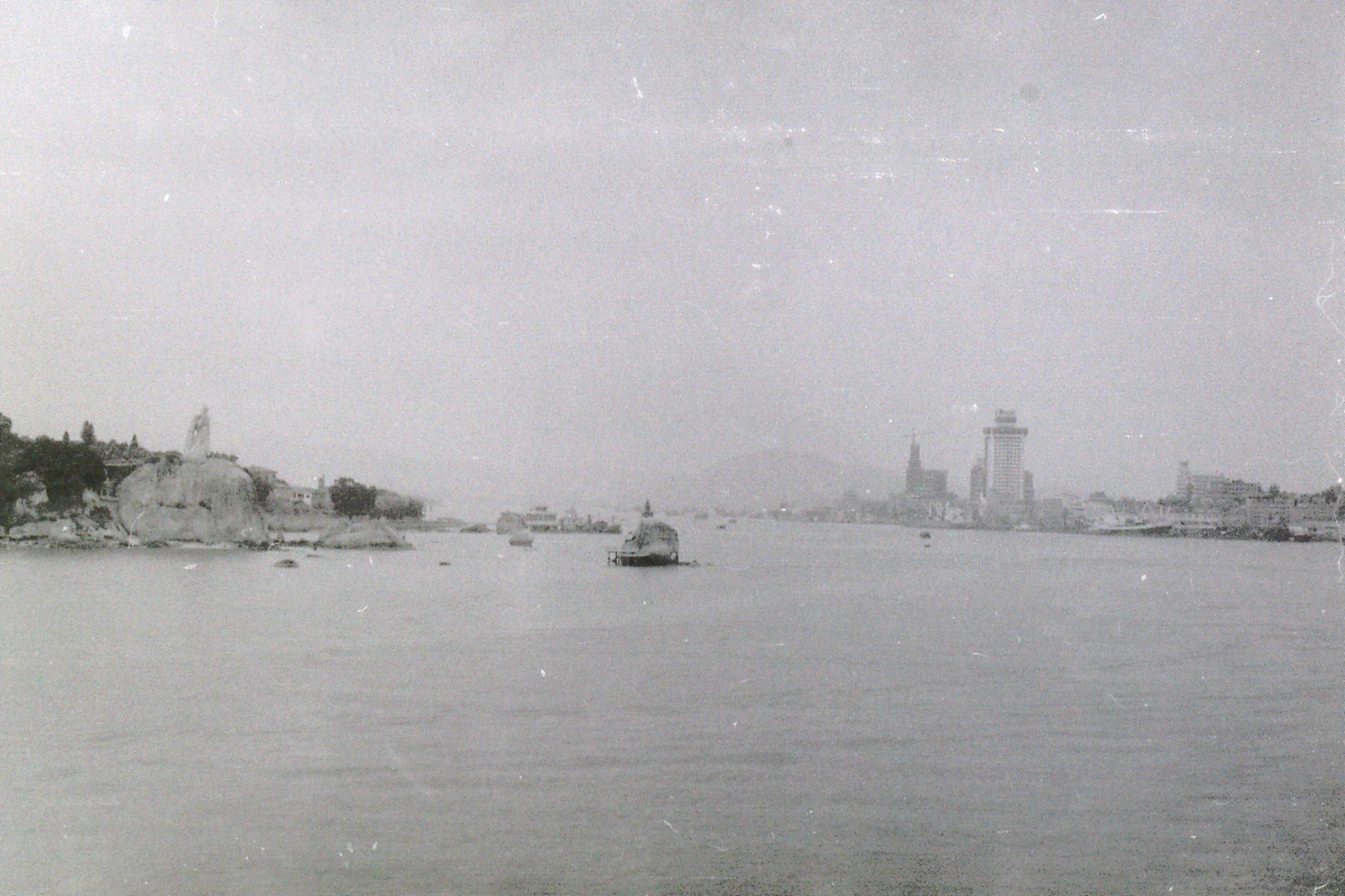 30/3/1989: 1: Gulanggu from ship leaving for Hong Kong