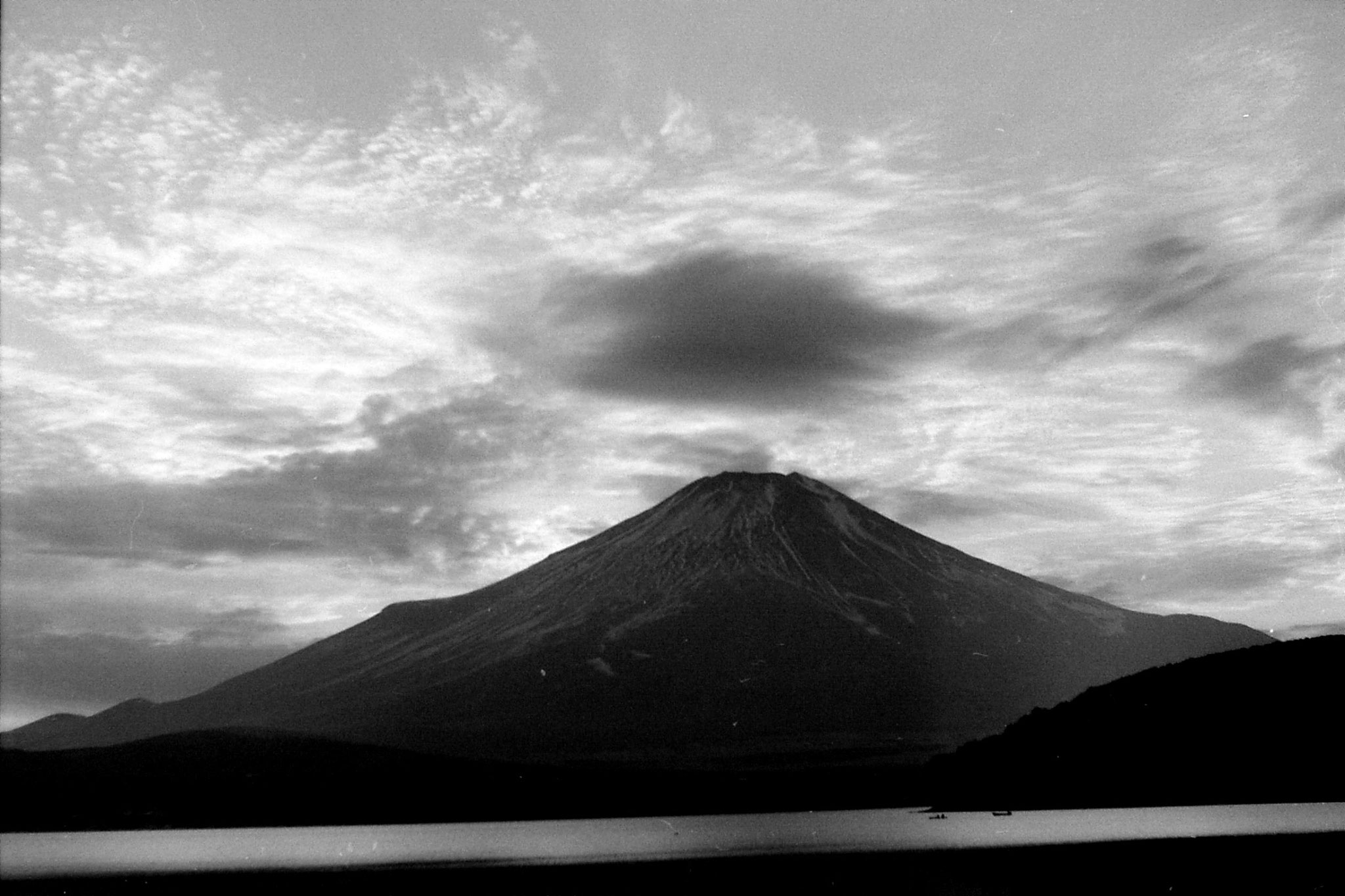 29/12/1988: 32: Mt Fuji and Five Lakes area