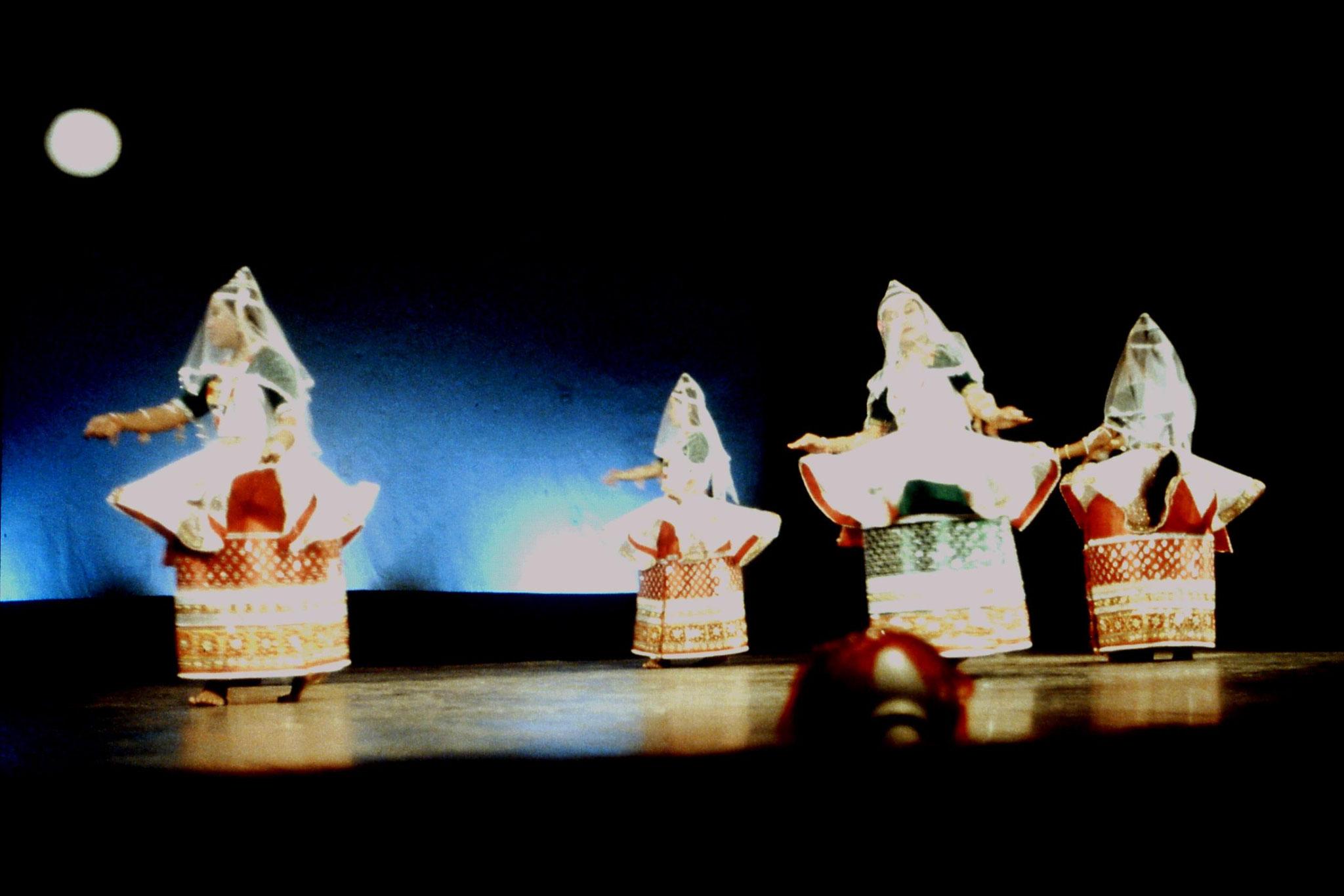 114/17: Imphal - Nehru Manipur Dance Academy show