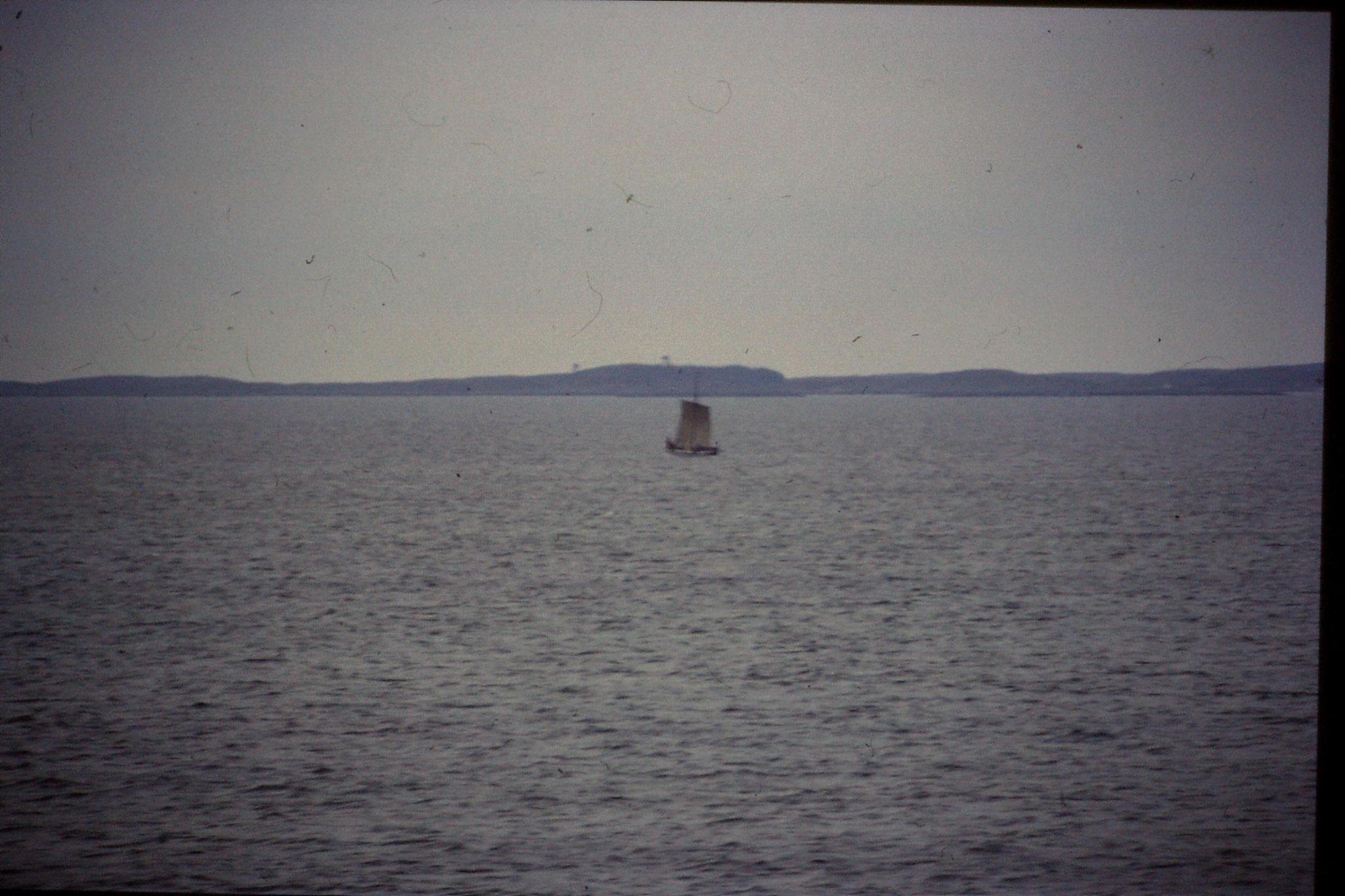 23/9/1988: 18: Frohavet, ? long boat