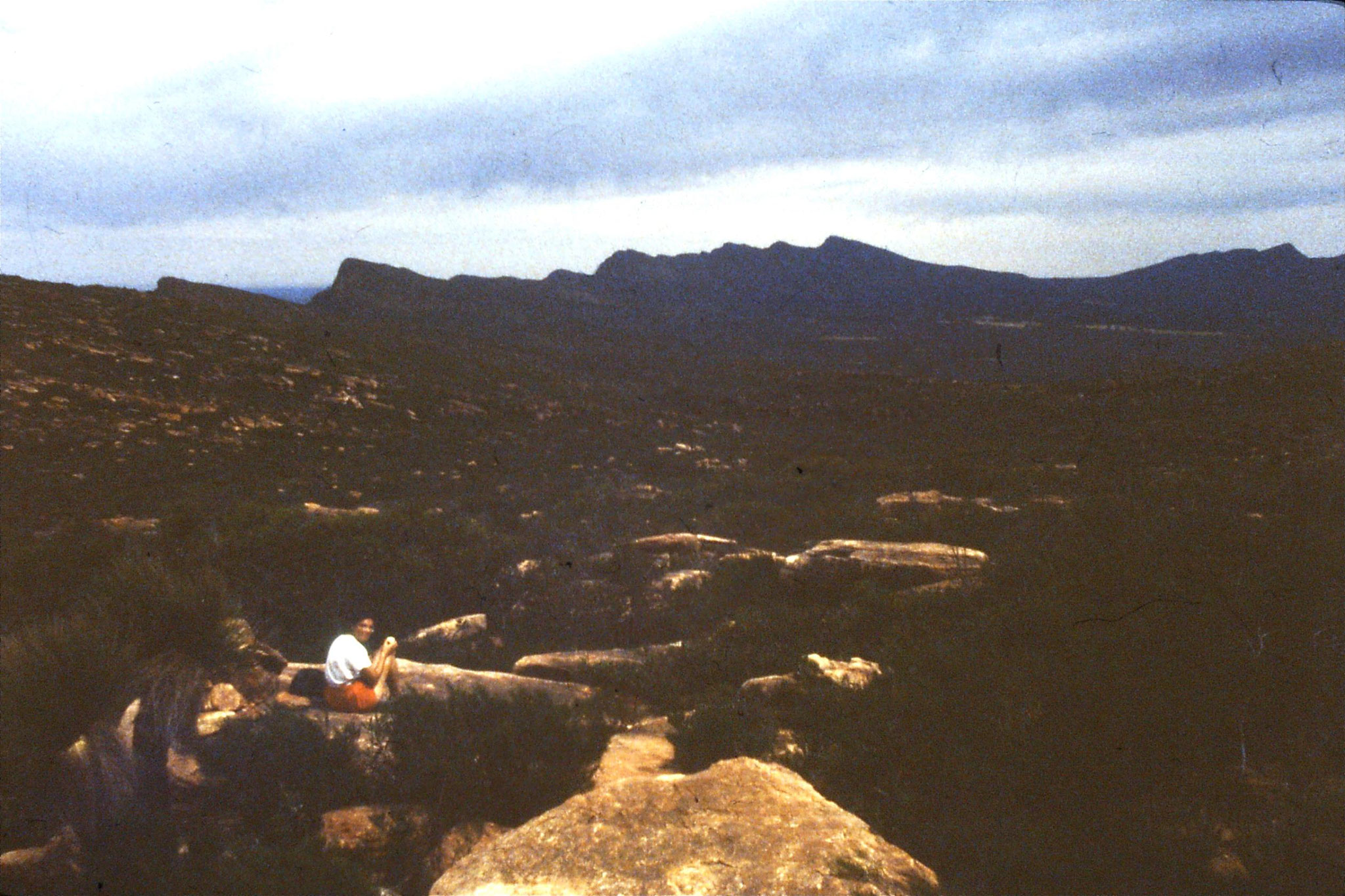 6/11/1990: 29: Flinders Ranges National Park, Wilpena Pound