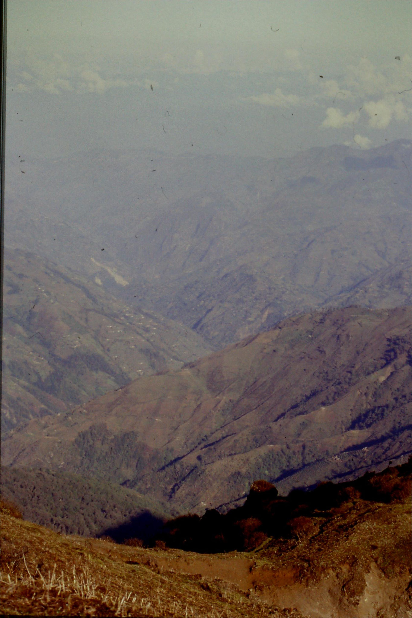 8/5/1990: 29: looking WNW into Nepalese valley