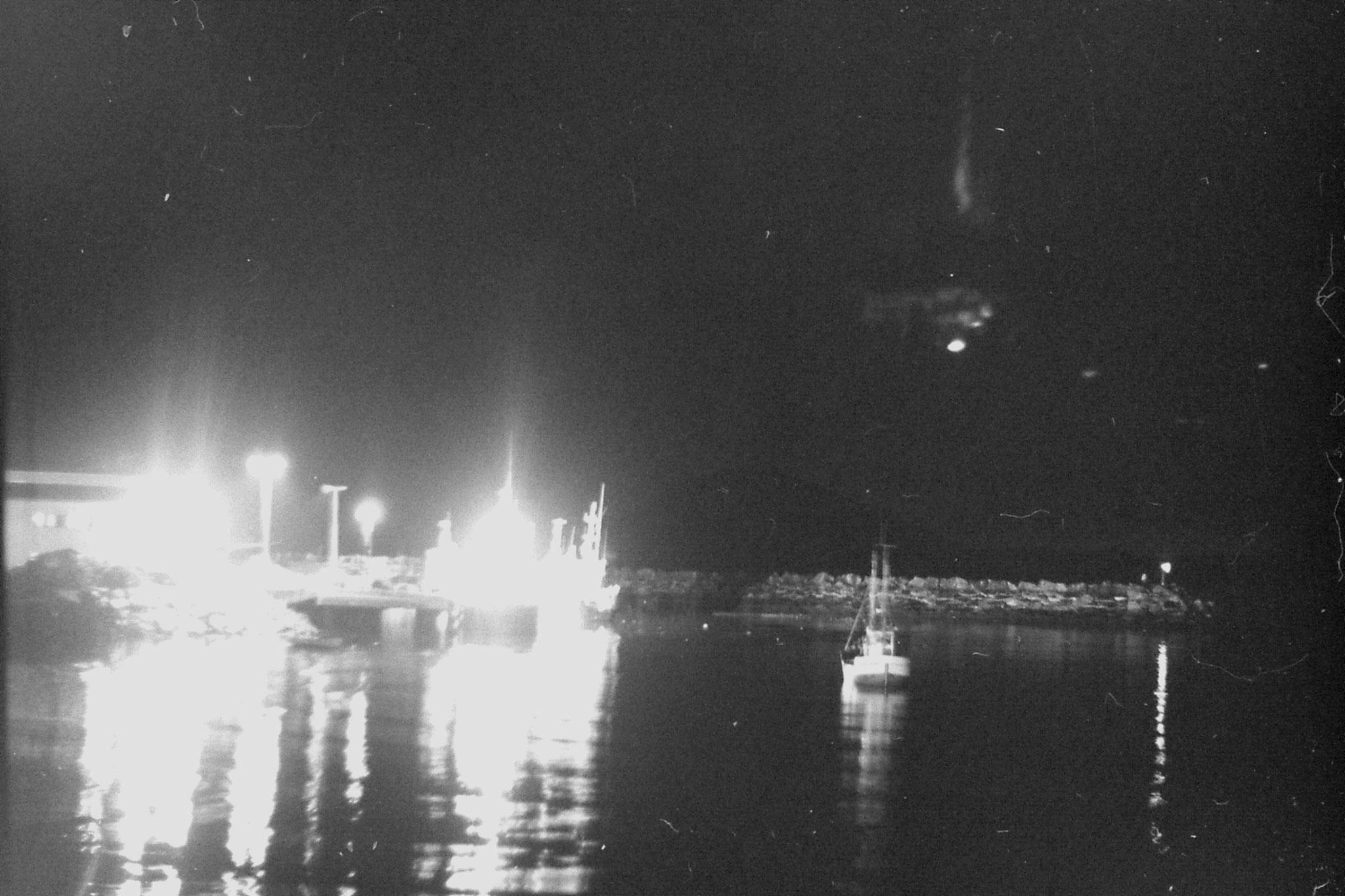 25/9/1988: 23: Skjervoy harbour