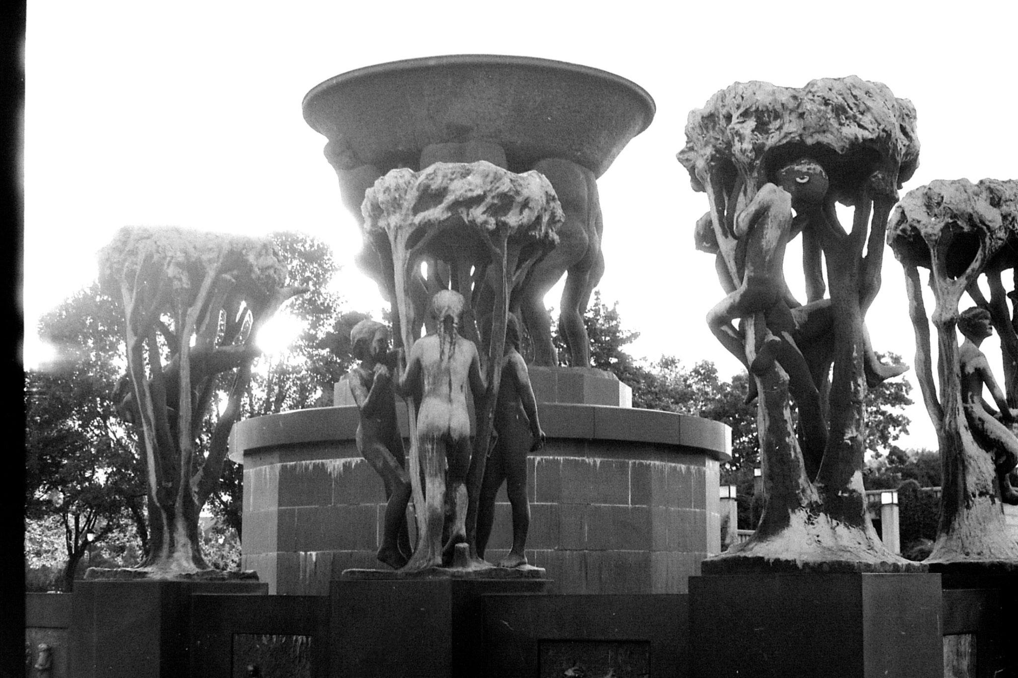 17/9/1988: 16: Vigeland sculpture park