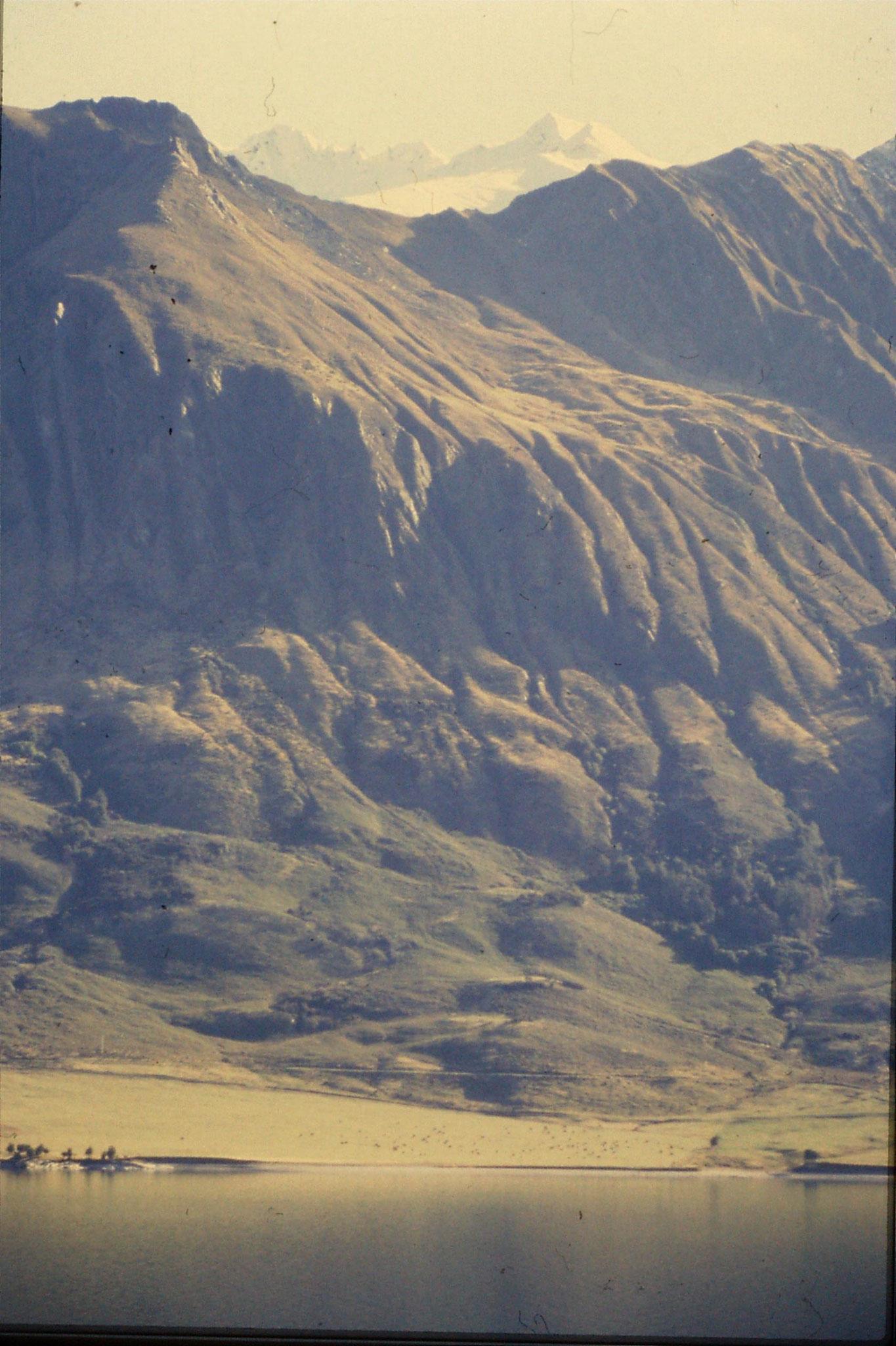 21/8/1990: 22: Lake Wanaka and Mt Albert