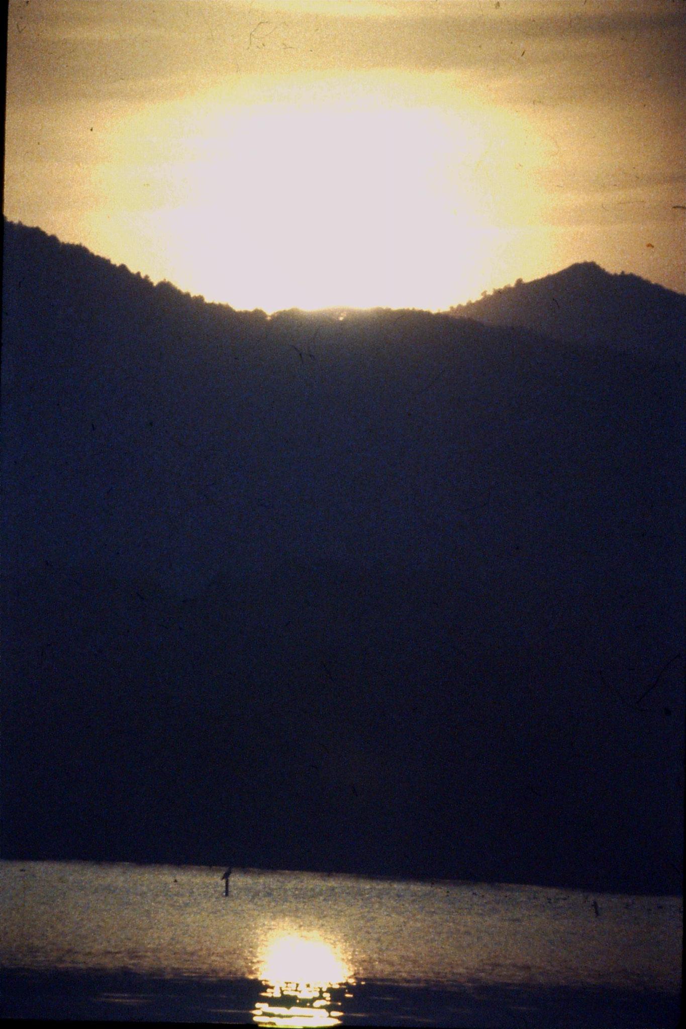 26/3/1989: 29:  Xili Lake