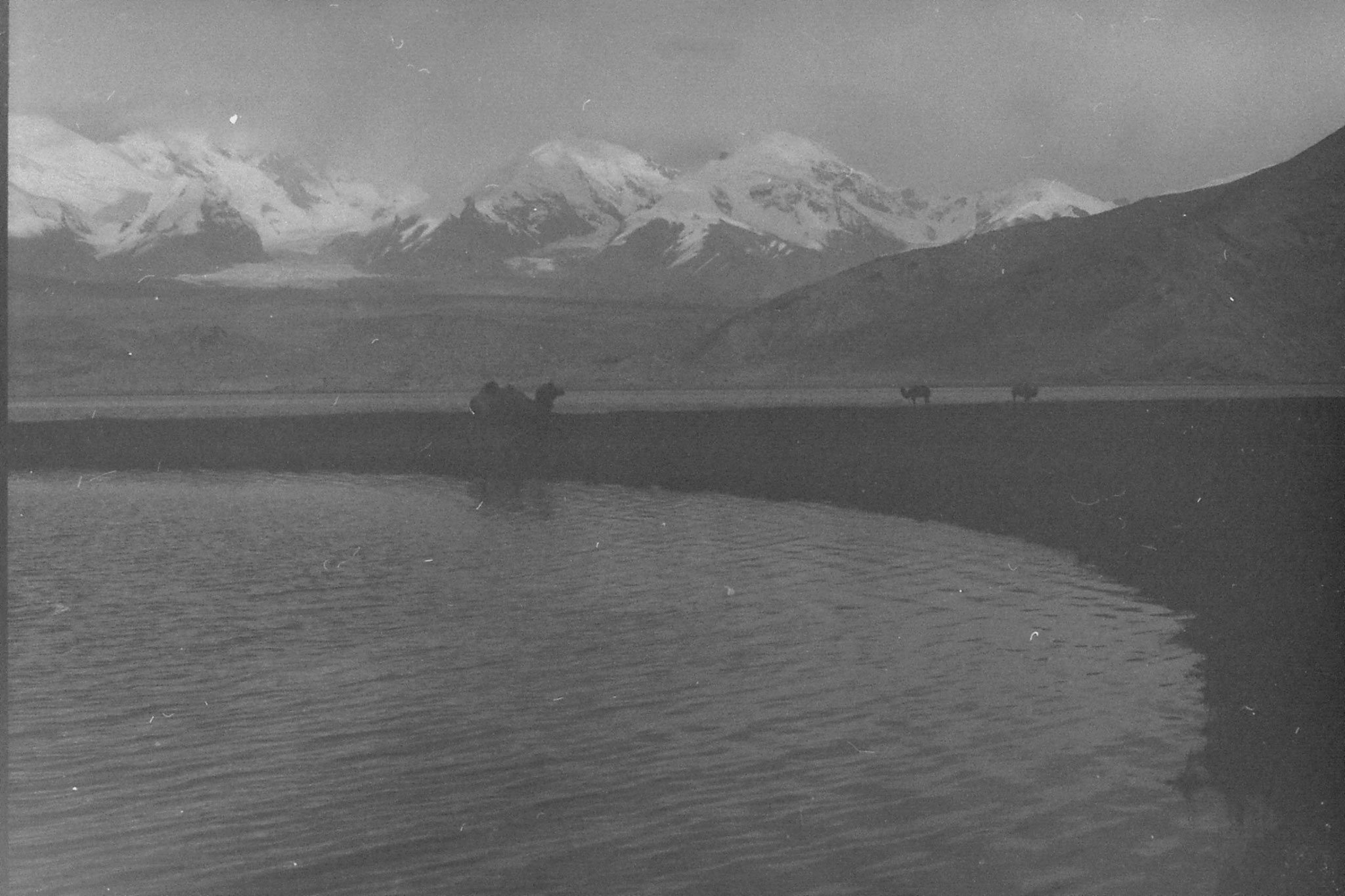 10/9/1989: 5: Lake Karakul