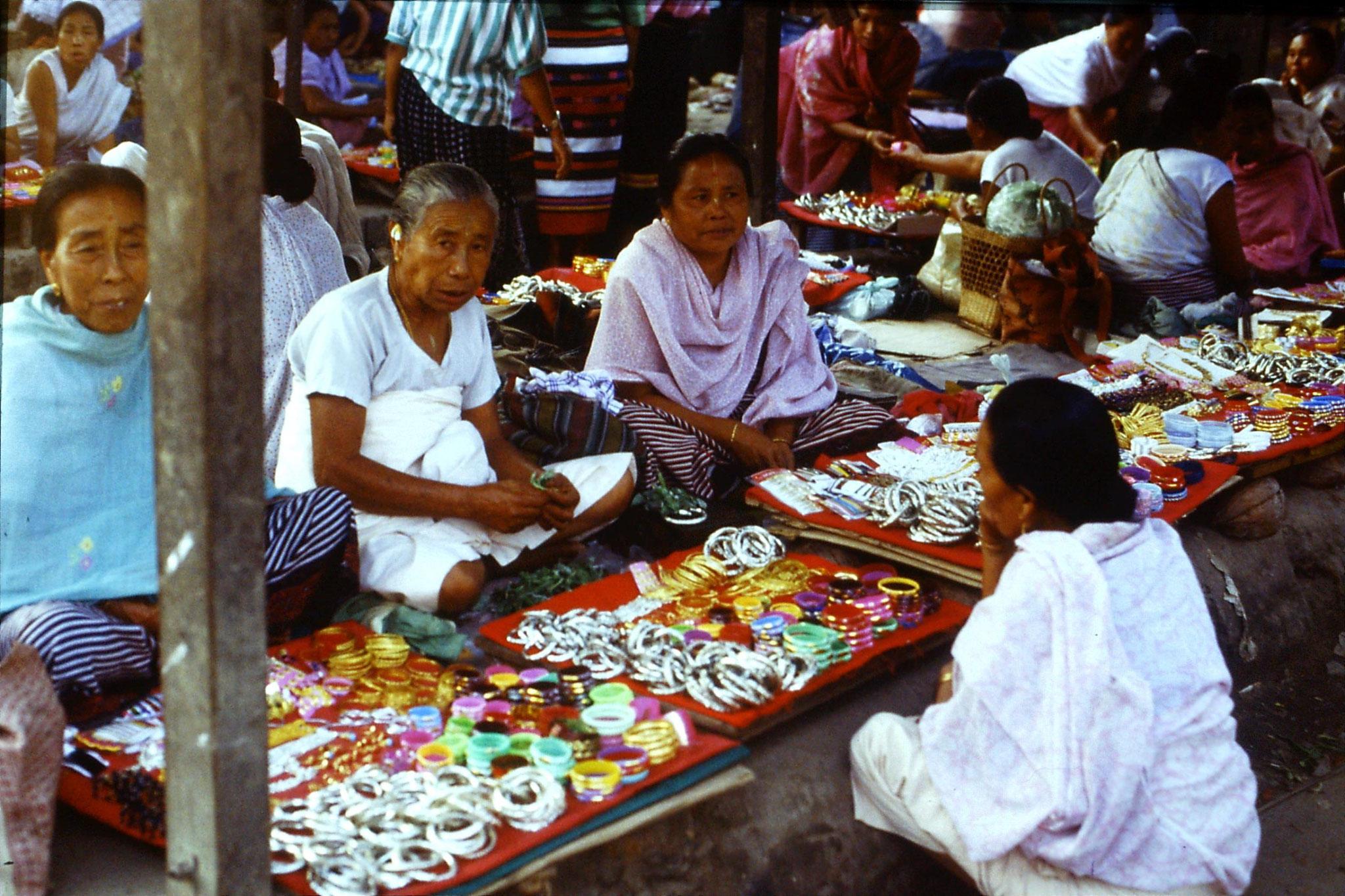 113/25: 17/4 Imphal women's market