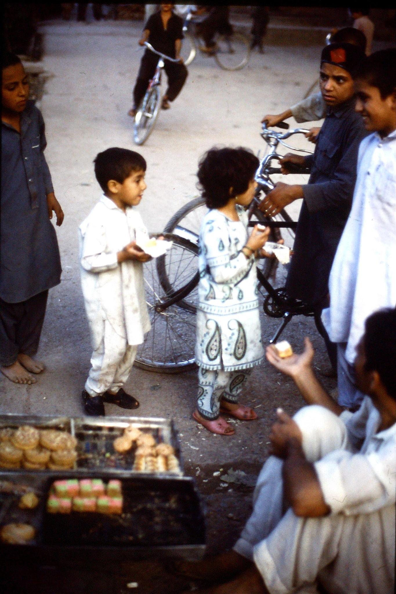 3/11/1989: 9: Peshawar