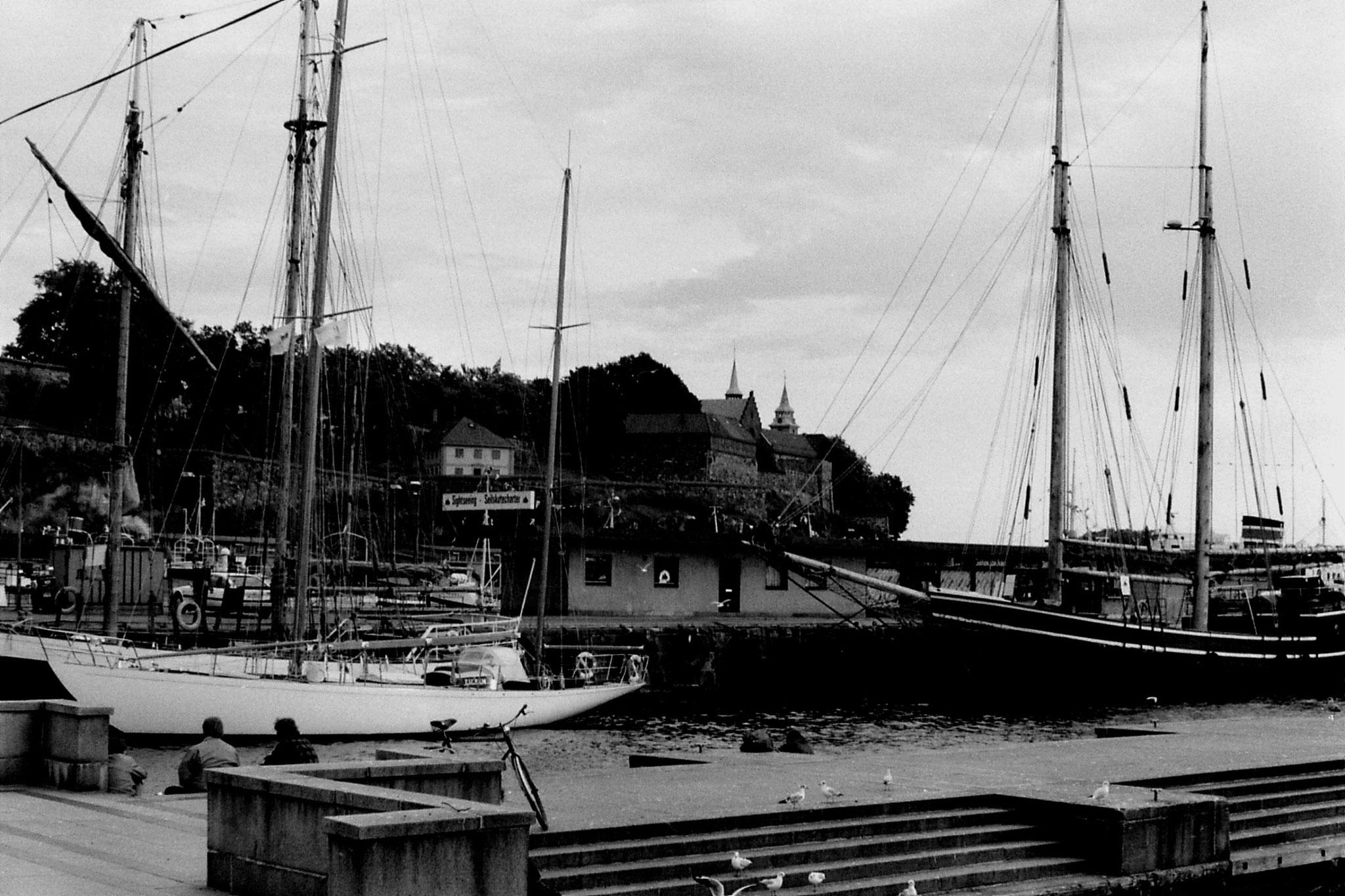 15/9/1988: 10: Oslo harbour