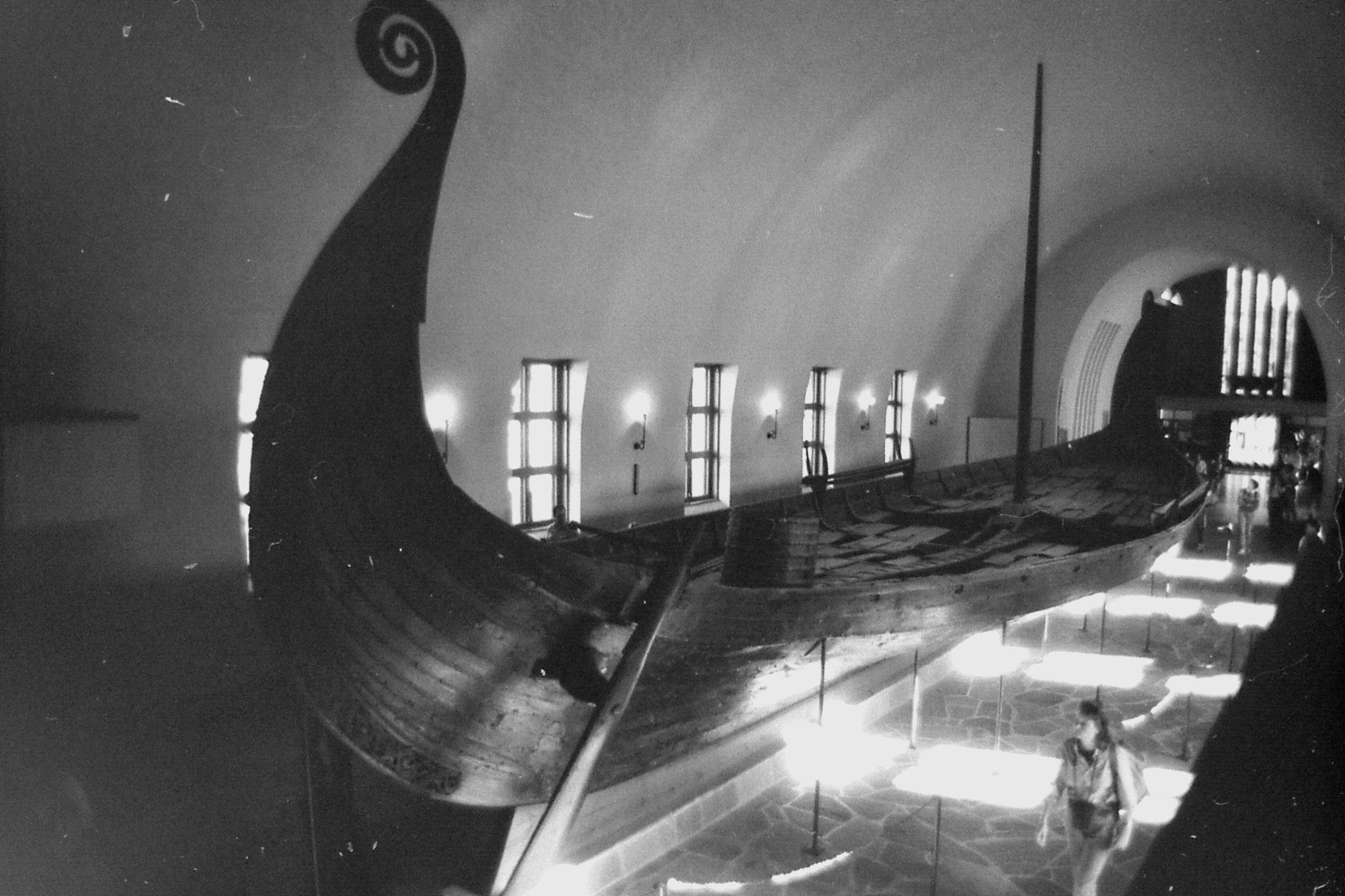 16/9/1988: 11: Viking museum Oslo