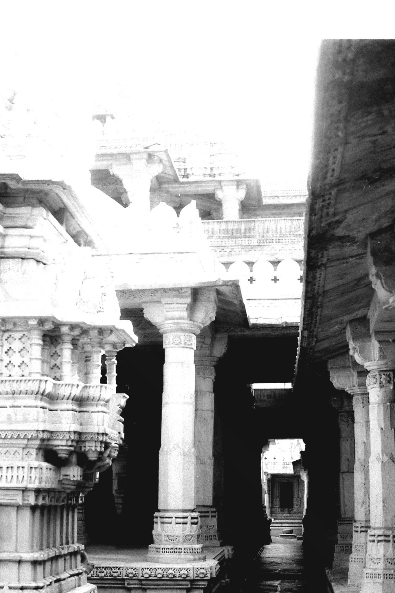 6/12/1989: 8: Ranakpur Jain temple