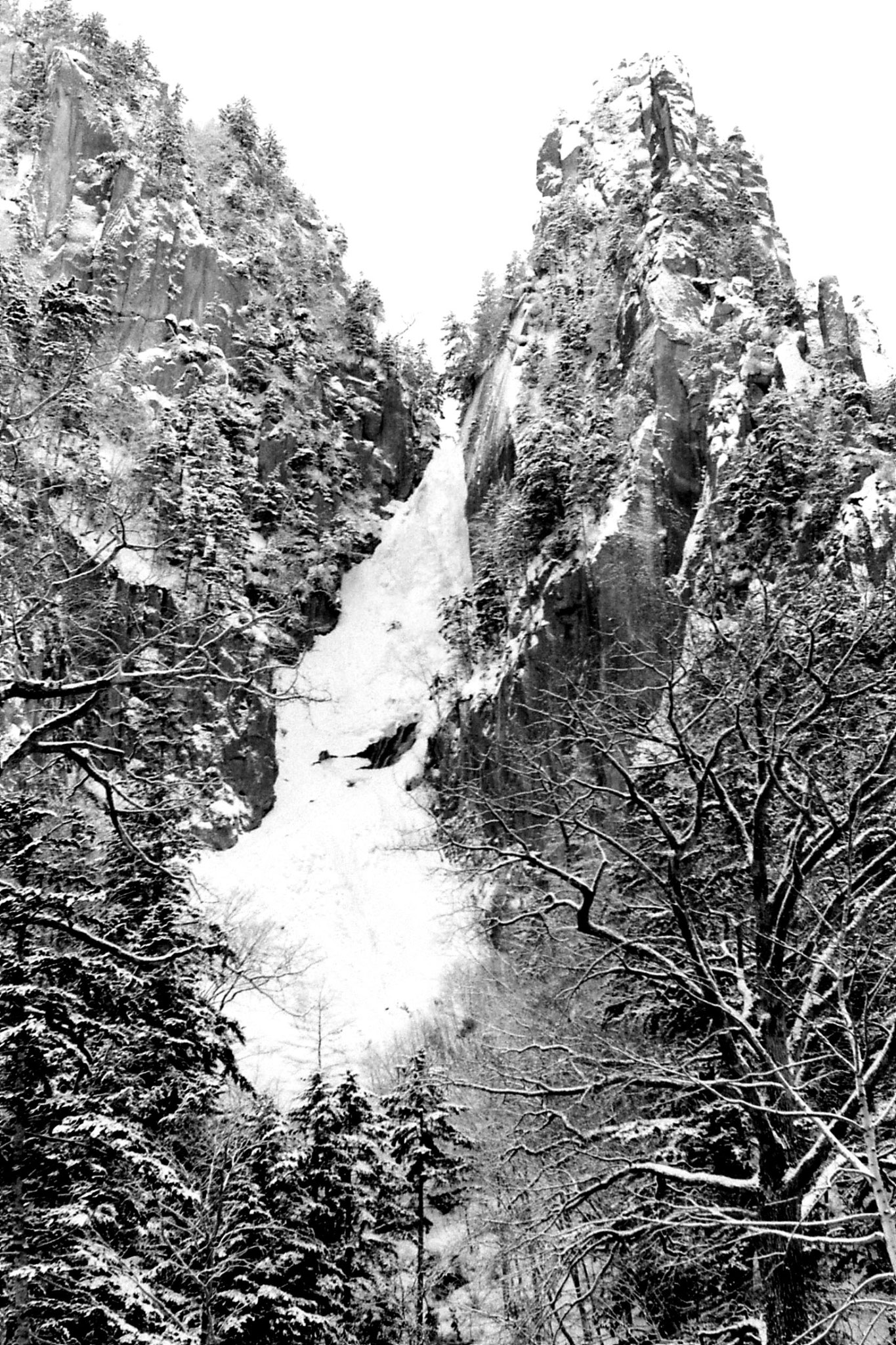 12/1/1989: 11: frozen waterfall