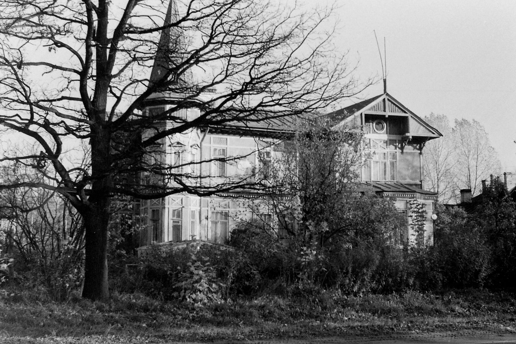 14/10/1988: 20: houses in Olgino