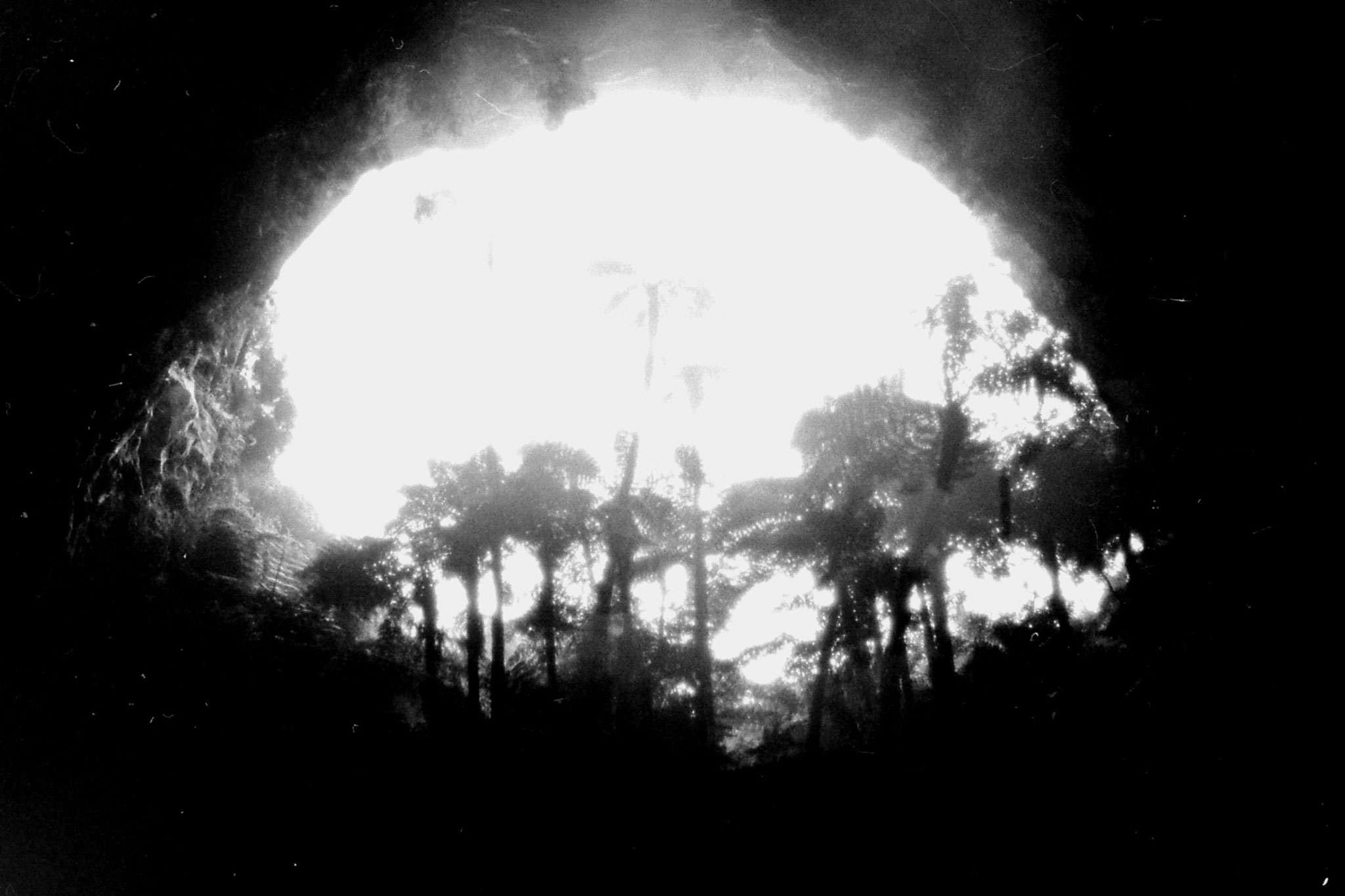 31/8/1990: 6: Orakeikorako opening of Ruatapu Cave