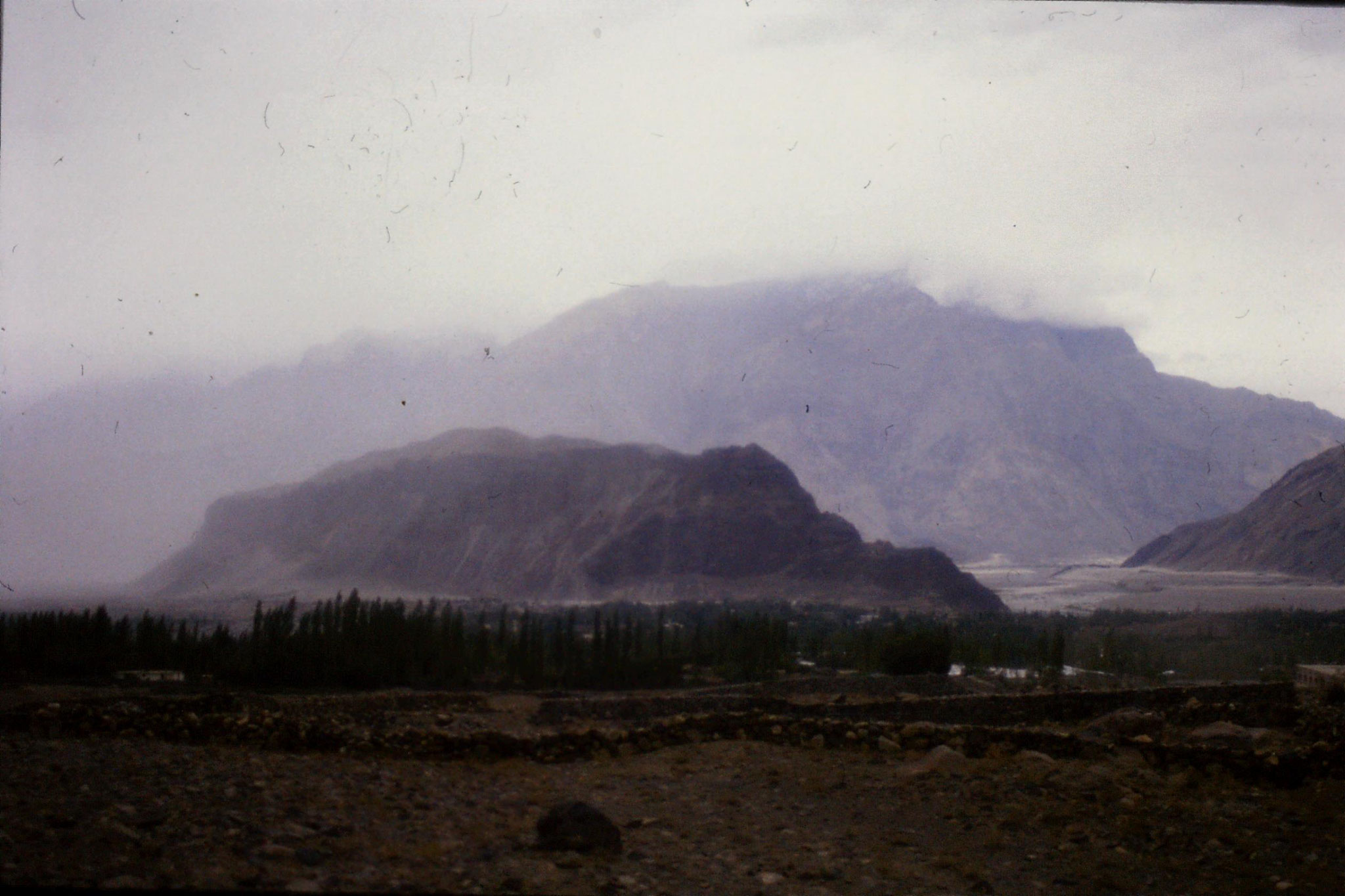 11/10/1989: 14: Skardu, from south