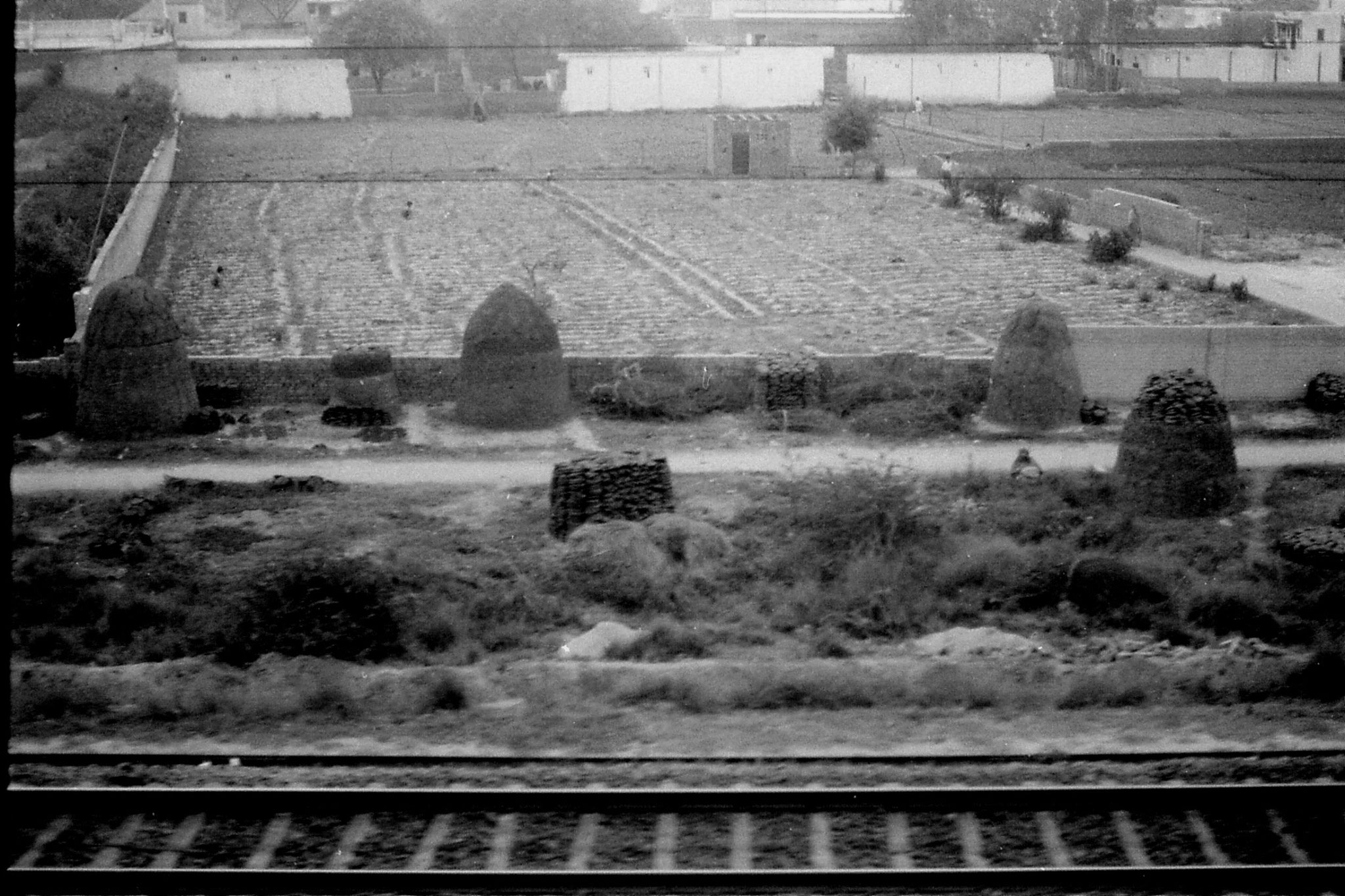 6/4/1990: 35: leaving Delhi