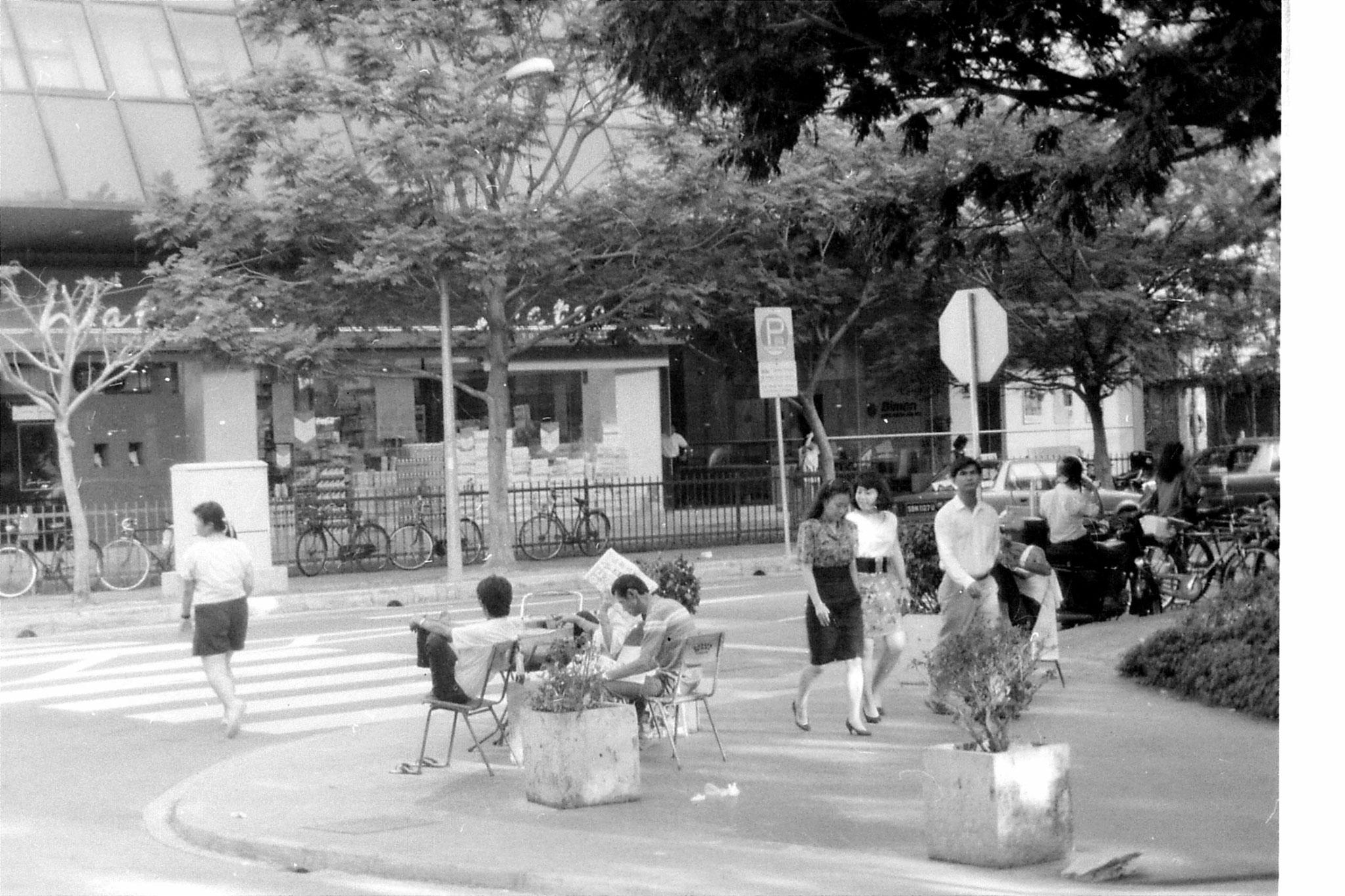 2/7/1990: 29: Singapore Chinatown