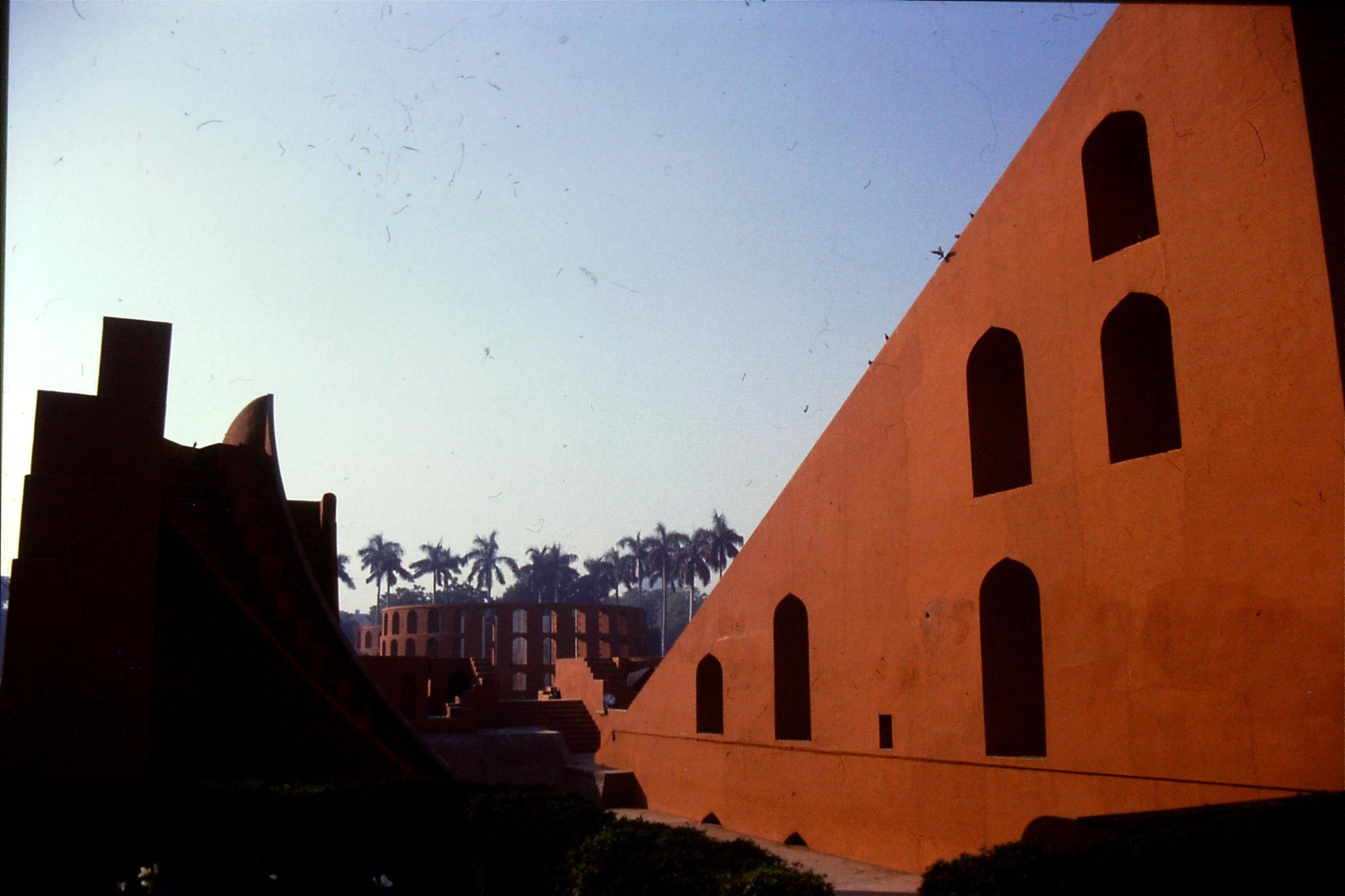 21/11/1989: 18: Delhi Jantar Mantar observatory