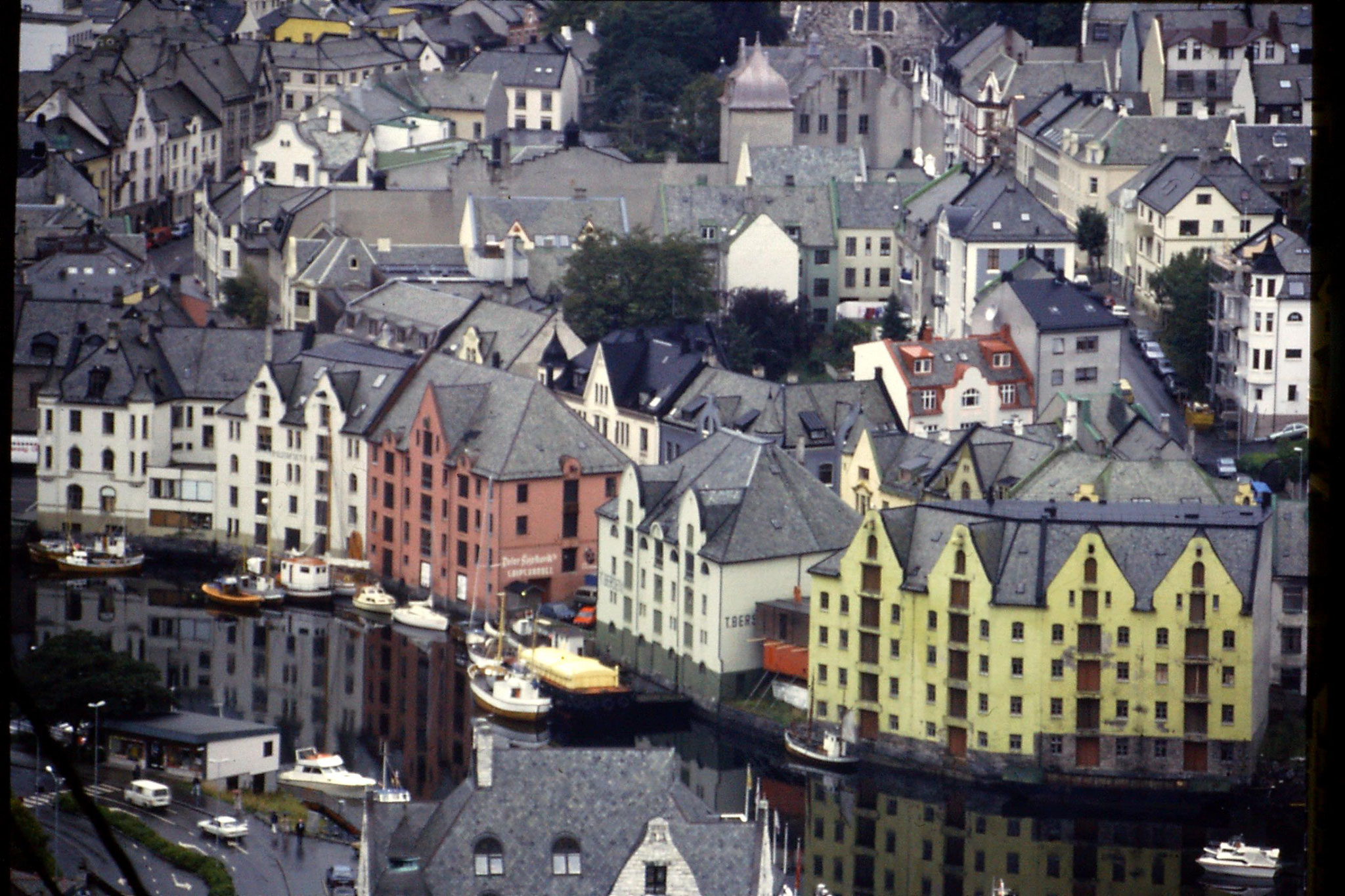 22/9/1988: 12: Alsund from Aksla hill