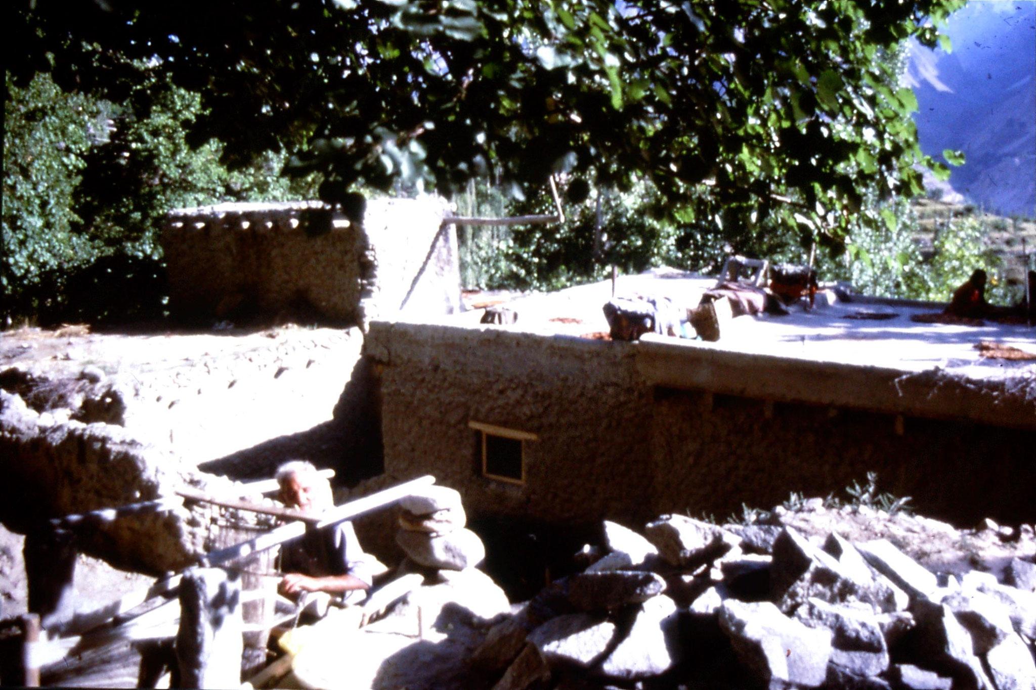 13/9/1989: 22: Karimabad