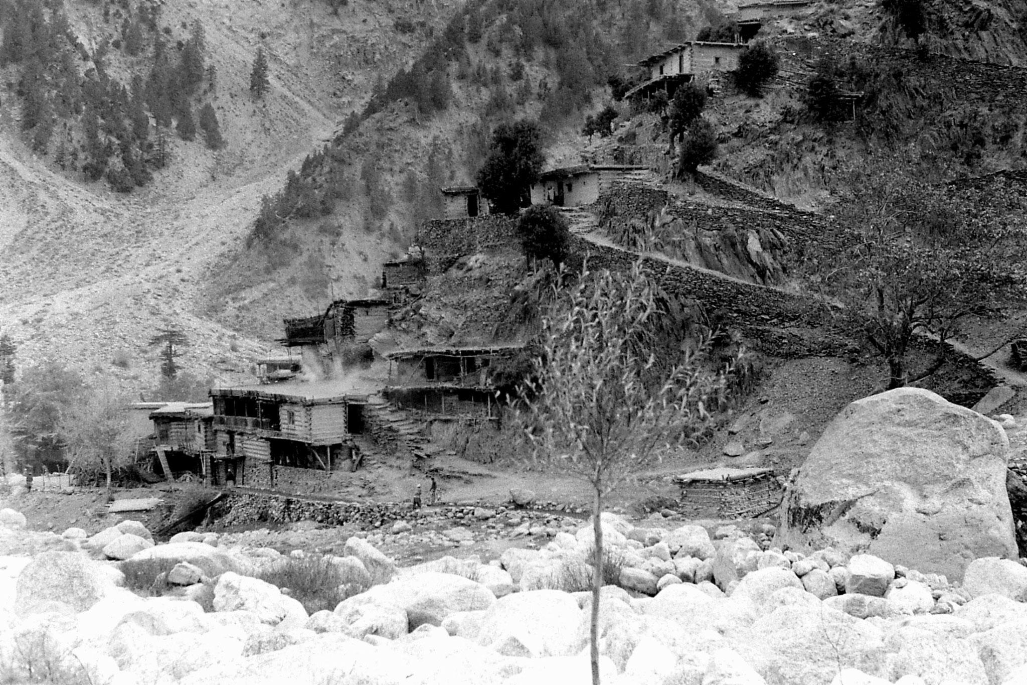 31/10/1989: 31: Afghan village