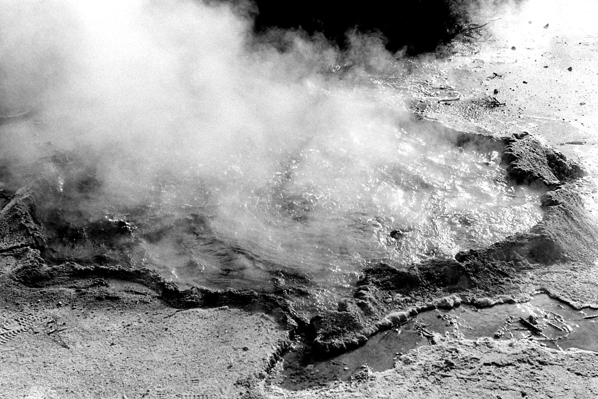 31/8/1990: 16: Rotorua boiling pool