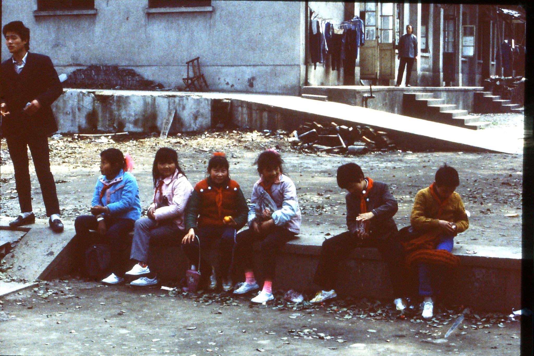27/3/1989: 36: Hangzhou Ling Si temple