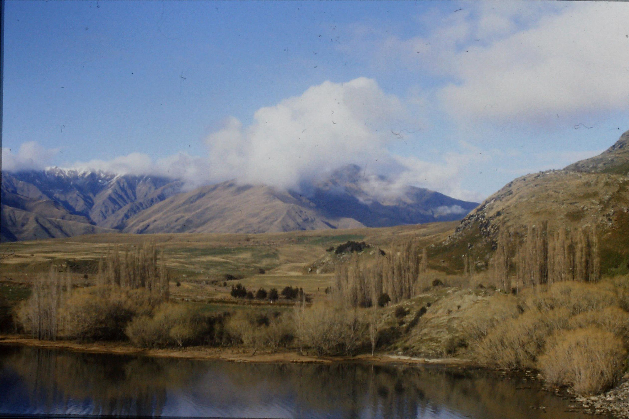 20/8/1990: 15: Wanaka Lake from Treble Lane car park