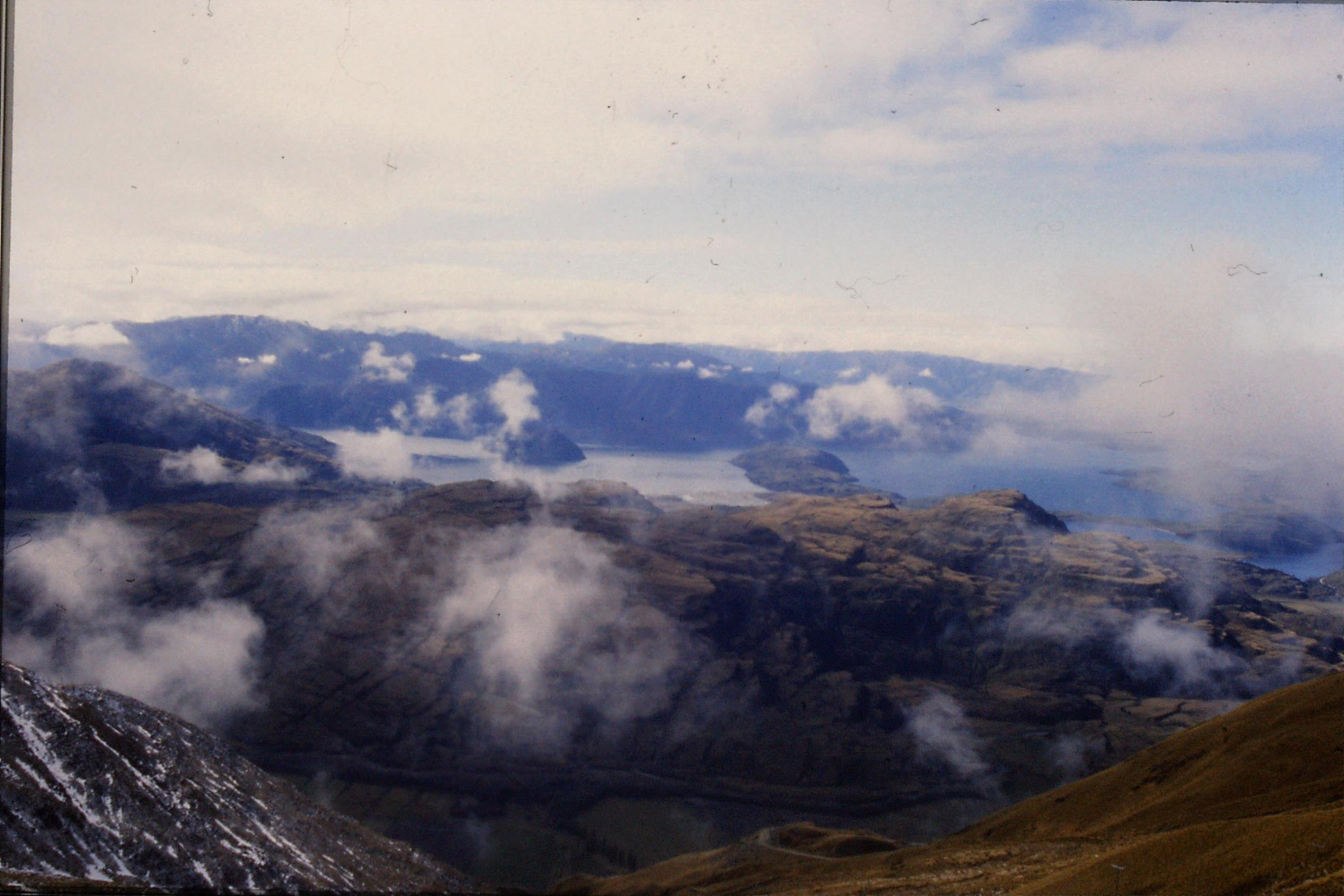 20/8/1990: 16: Wanaka Lake from Treble Lane car park