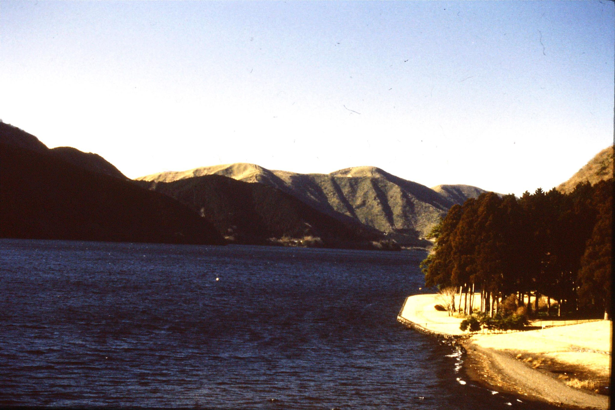 28/1/1989: 30: Lake Hakone