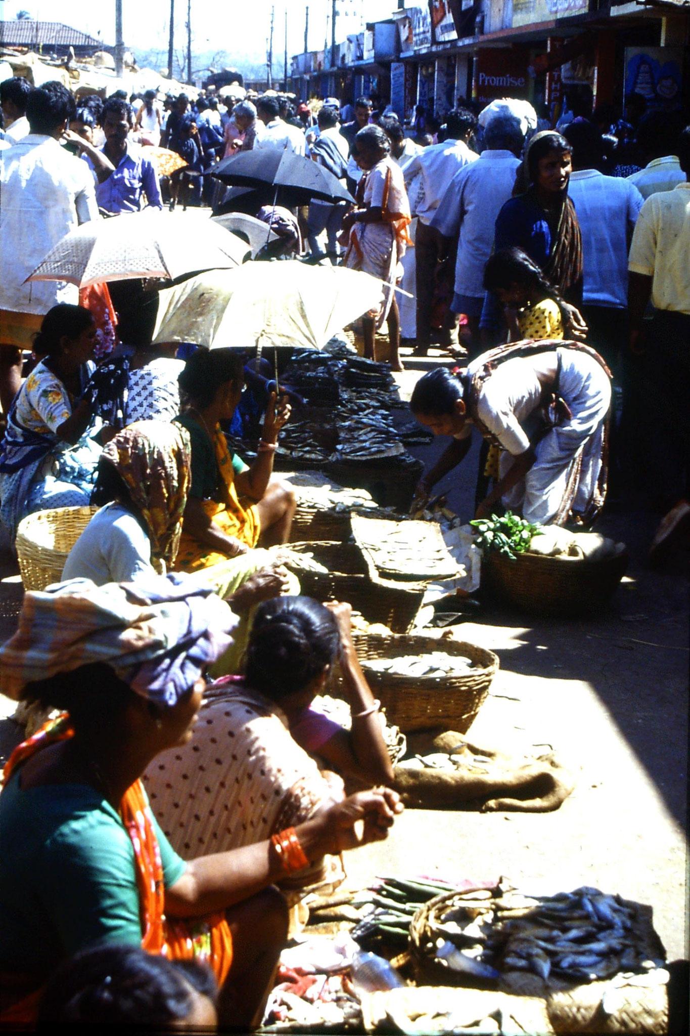 6/1/1990: 3: Mapusa market