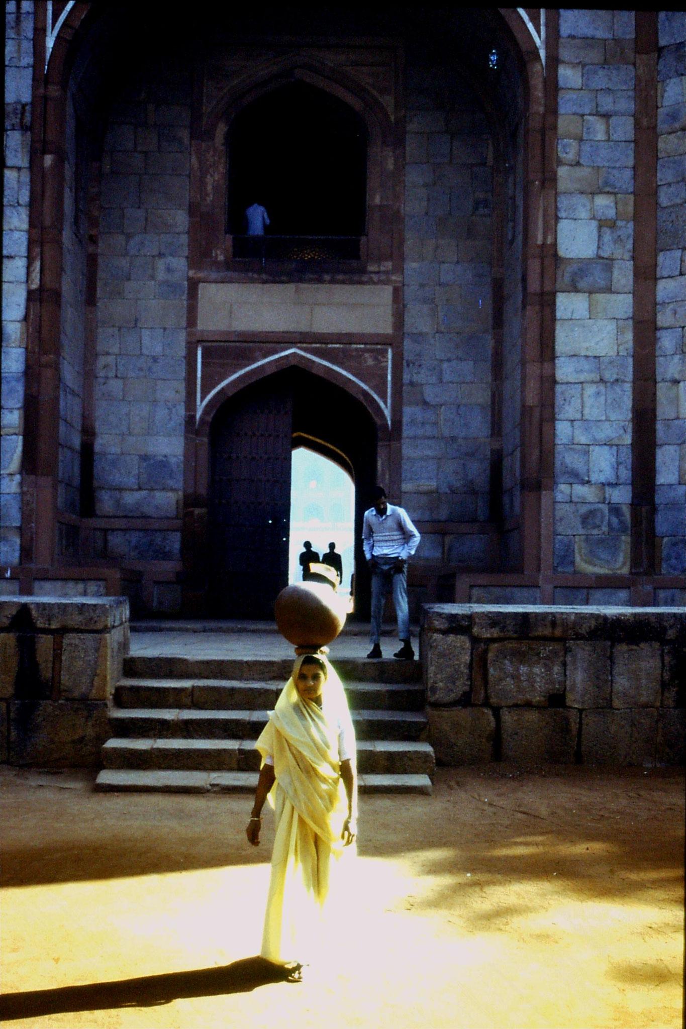 21/11/1989: 18: Delhi Humayun Tomb