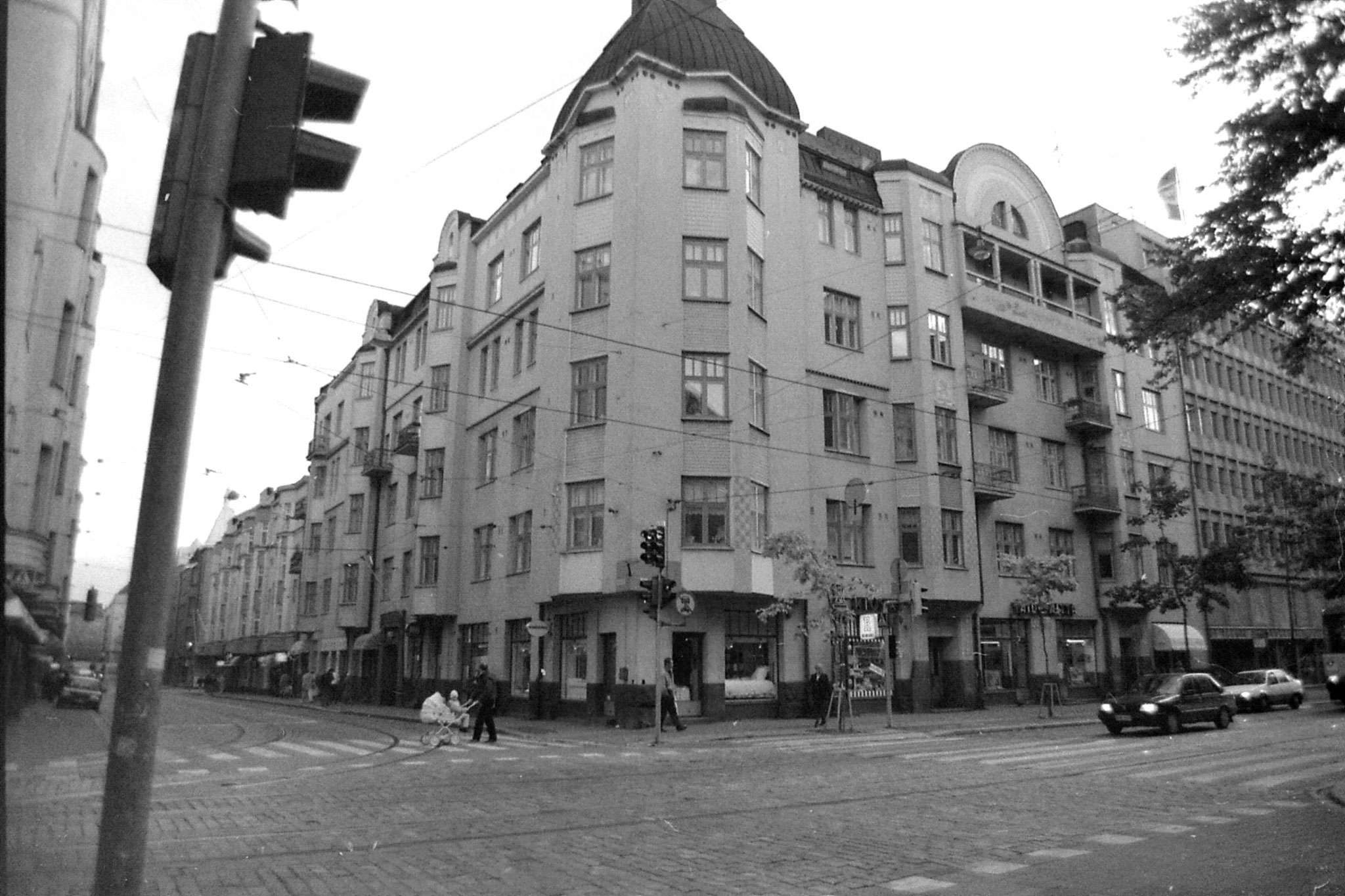 2/10/1988: 19: Jugenstil at Fredrikinkatu