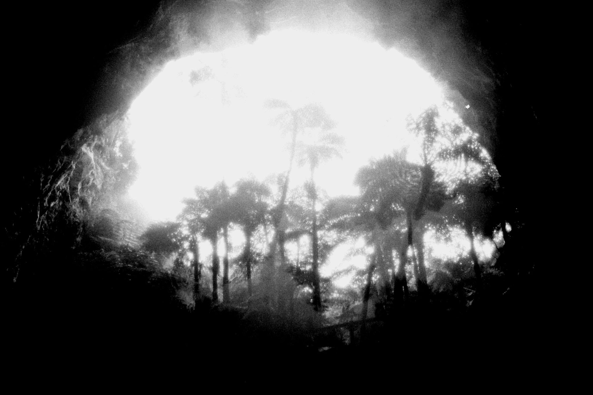 31/8/1990: 8: Orakeikorako opening of Ruatapu Cave