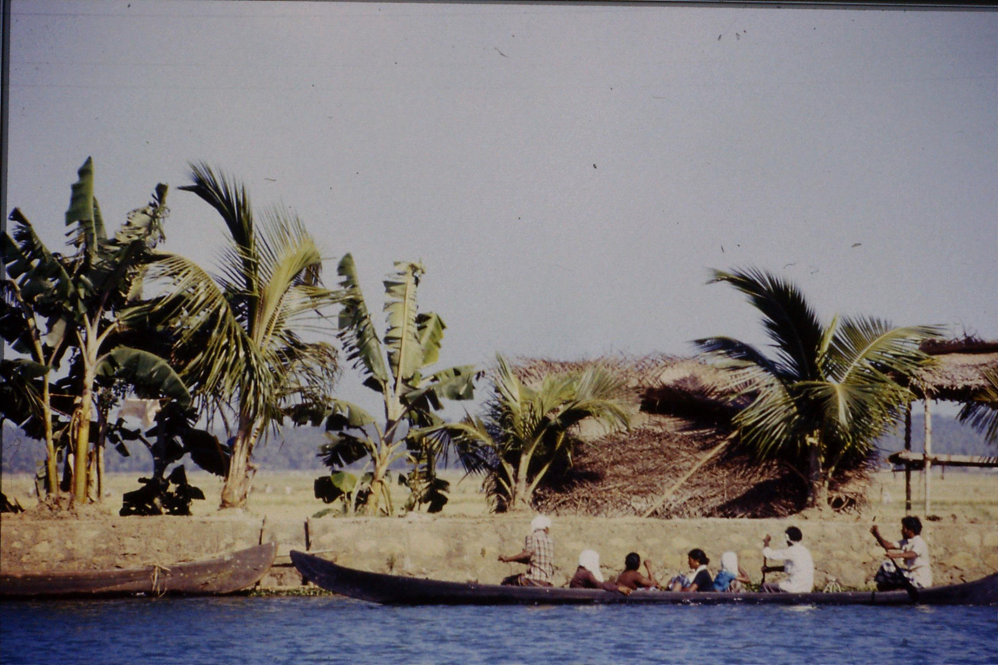 106/8: 23/2/1990 Boat to Alleppey