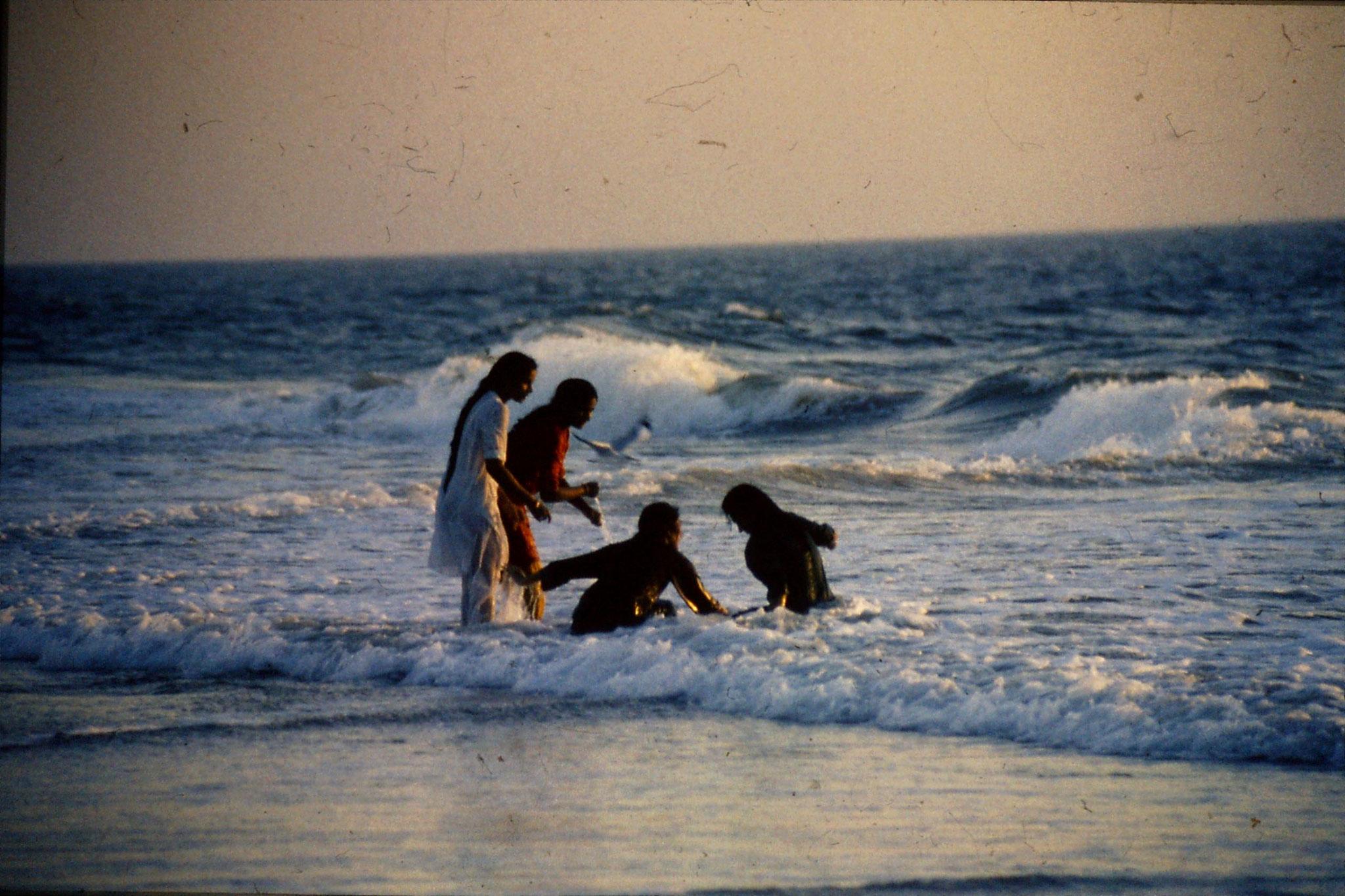 2/1/1990: 16: Calangute beach