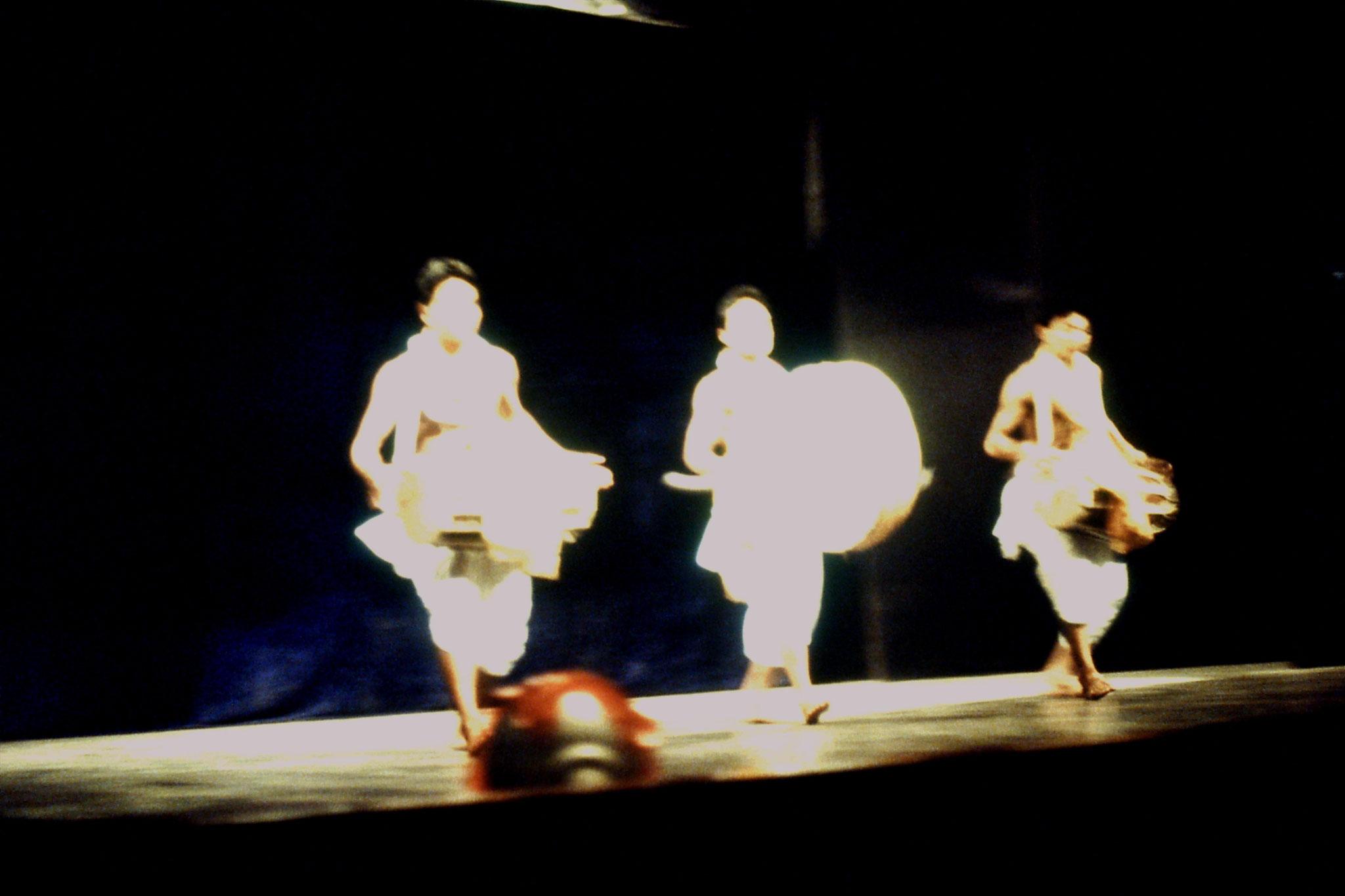 114/09: Imphal - Nehru Manipur Dance Academy show