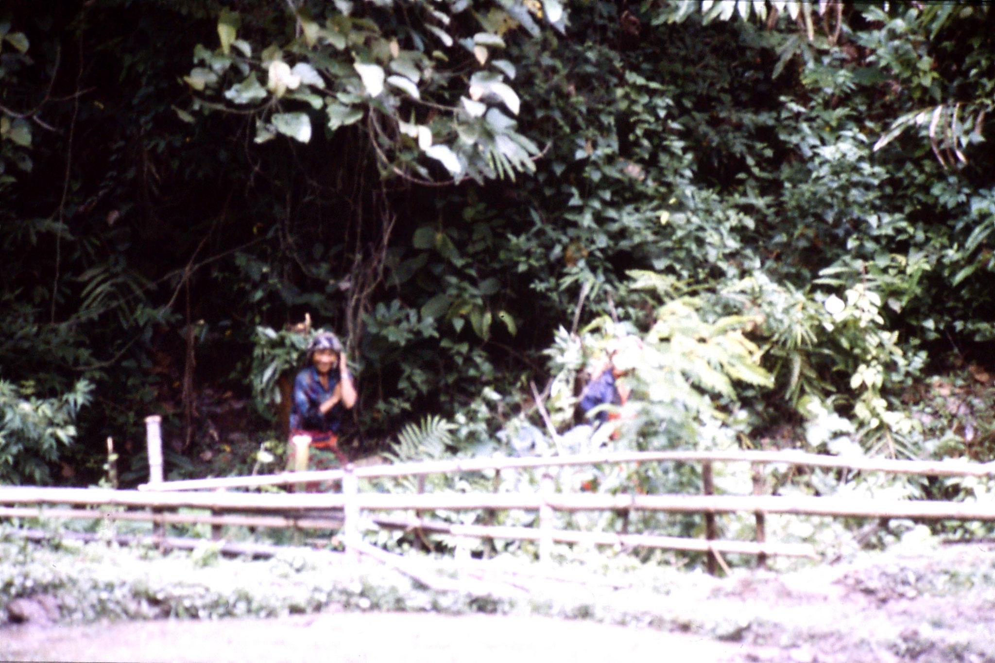 12/6/1990: 13 Trek - Mae Mi village (Karen)