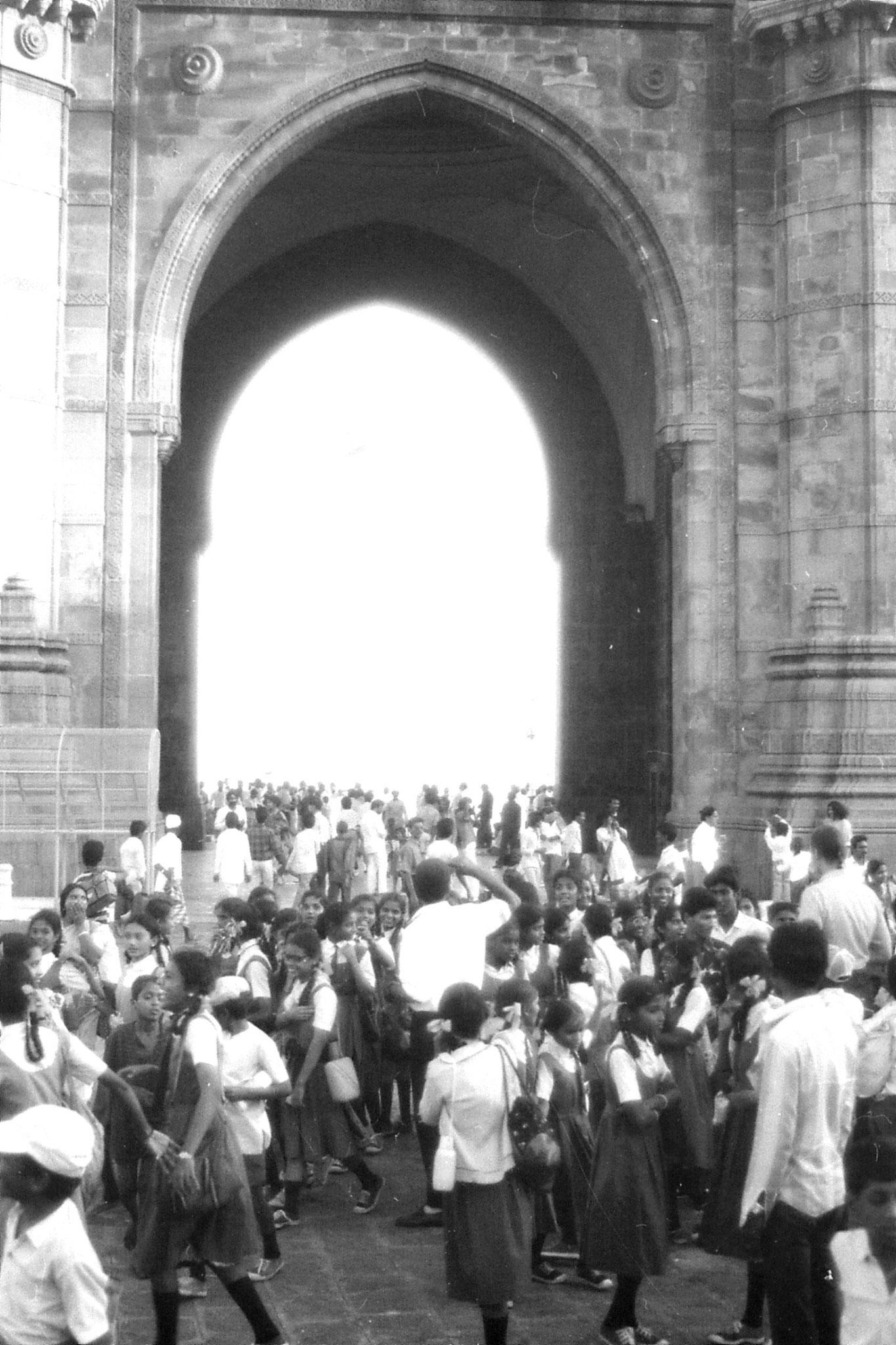22/12/1989: 31: Bombay Gateway of India